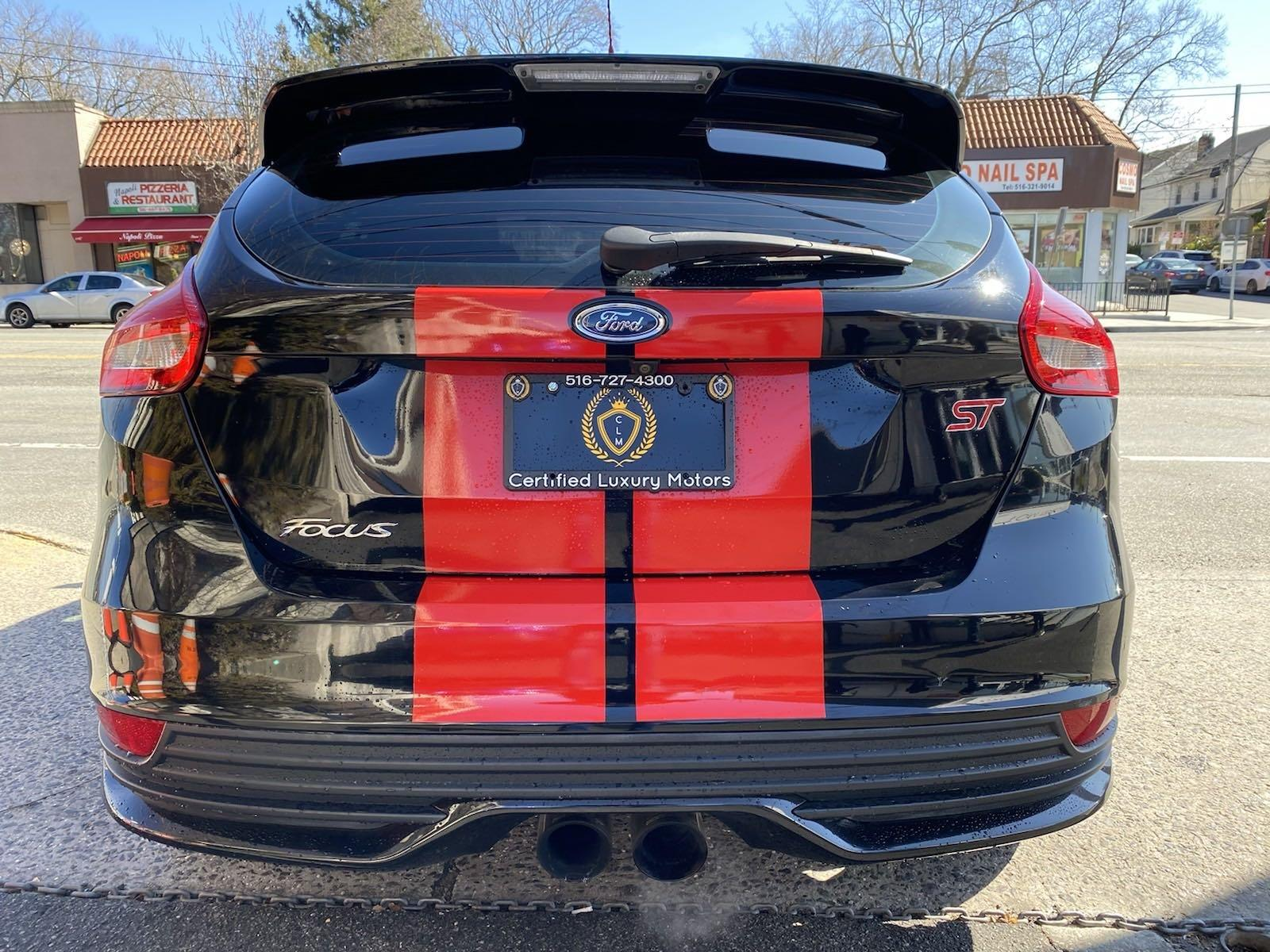 Used-2016-Ford-Focus-ST