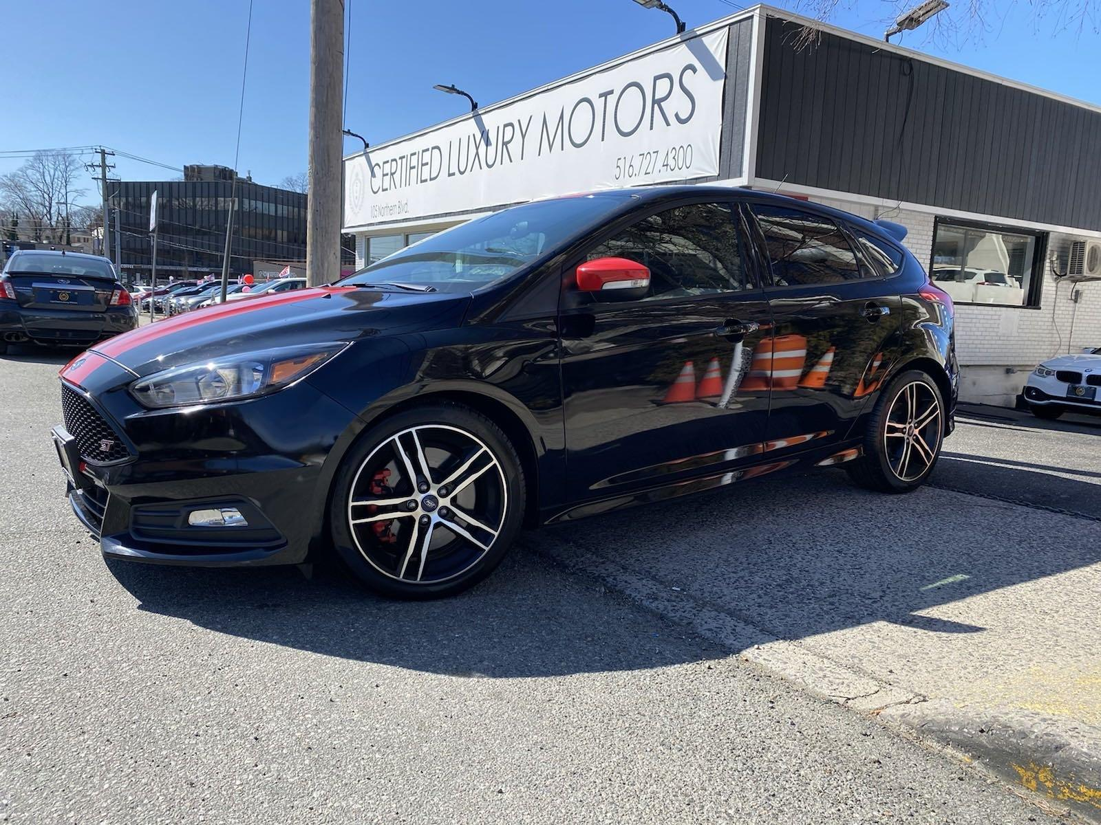 Used 2016 Ford Focus ST | Great Neck, NY