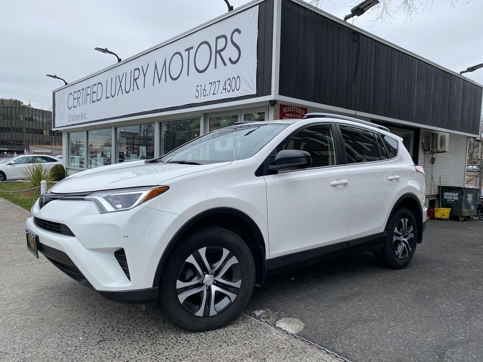 Used 2017 Toyota RAV4 LE | Great Neck, NY