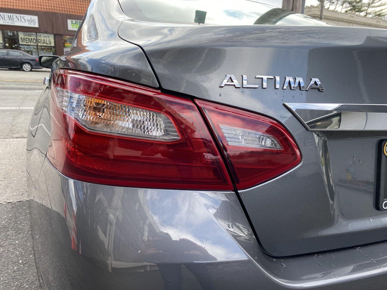 Used-2018-Nissan-Altima-25-S