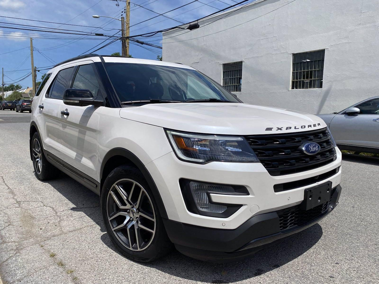 Used-2017-Ford-Explorer-Sport