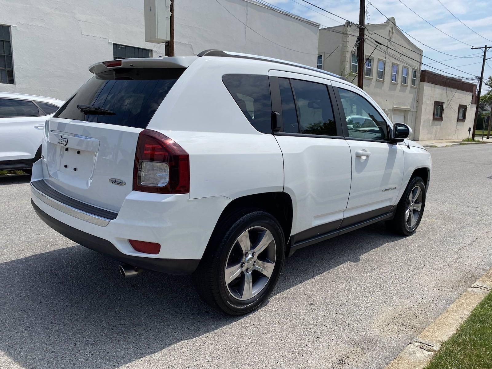 Used-2017-Jeep-Compass-High-Altitude