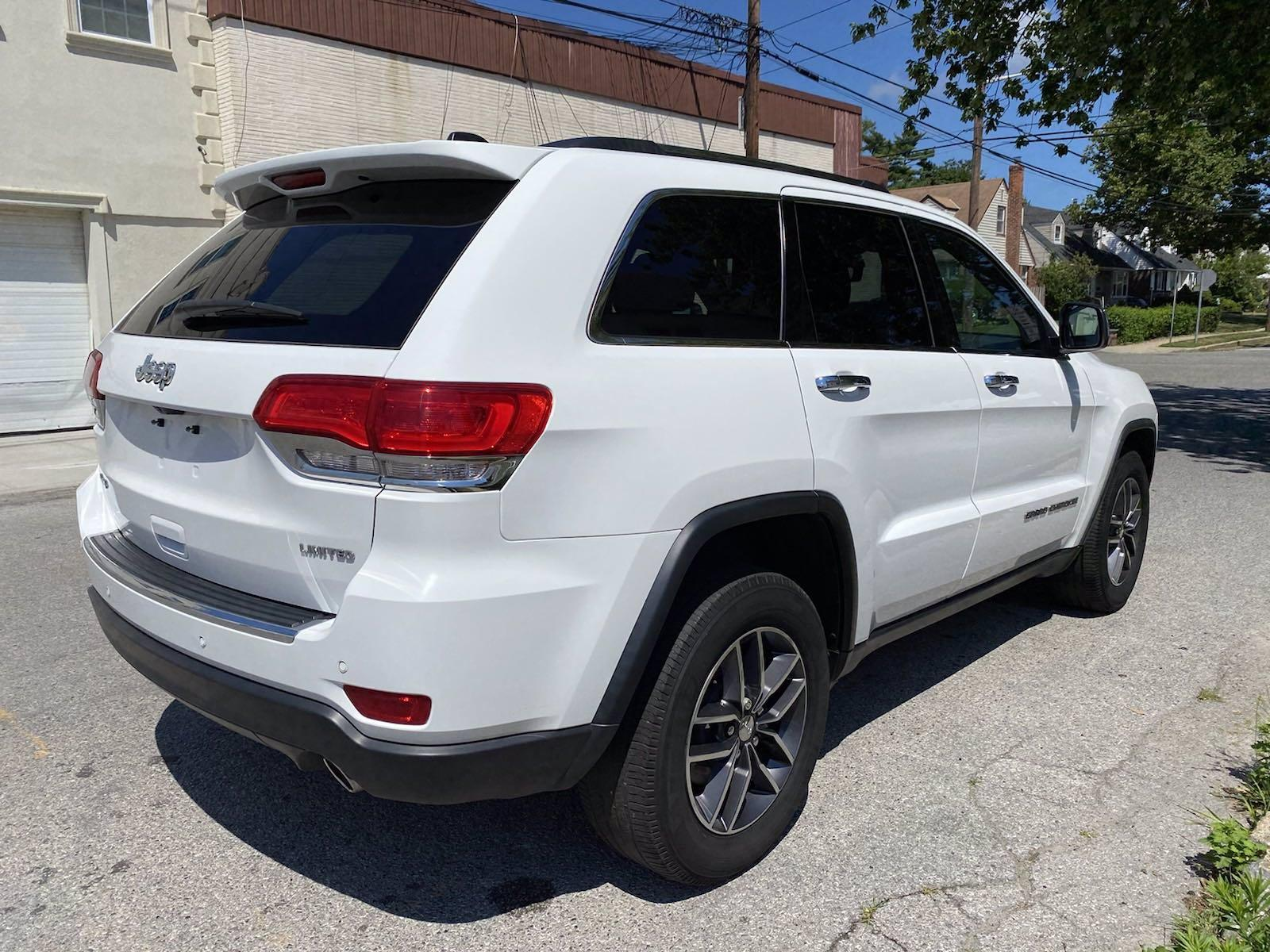 Used-2017-Jeep-Grand-Cherokee-Limited