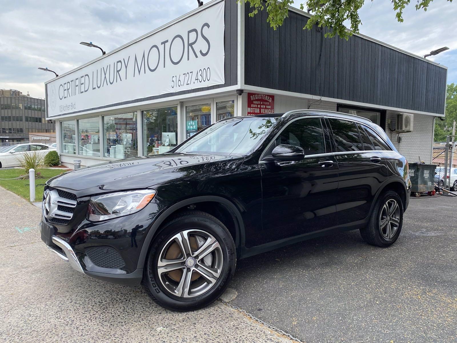 Used 2017 Mercedes-Benz GLC GLC 300 | Great Neck, NY