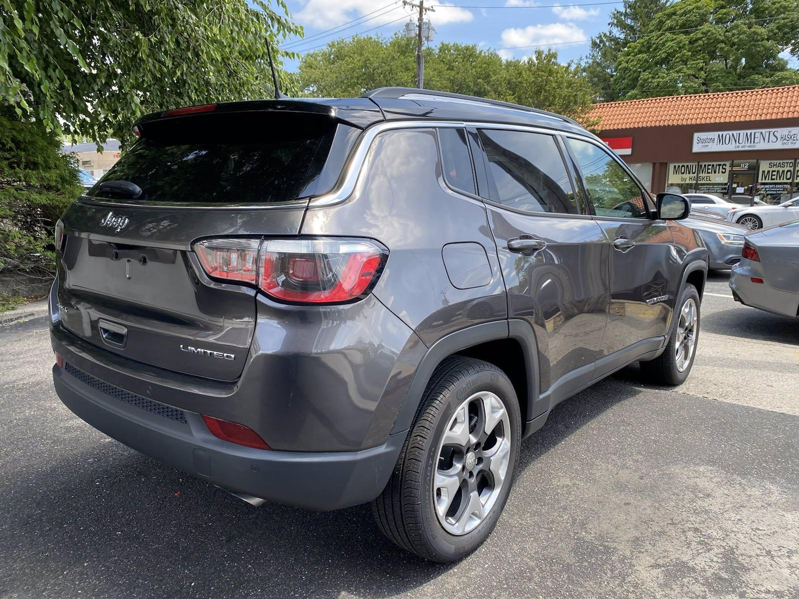 Used-2018-Jeep-Compass