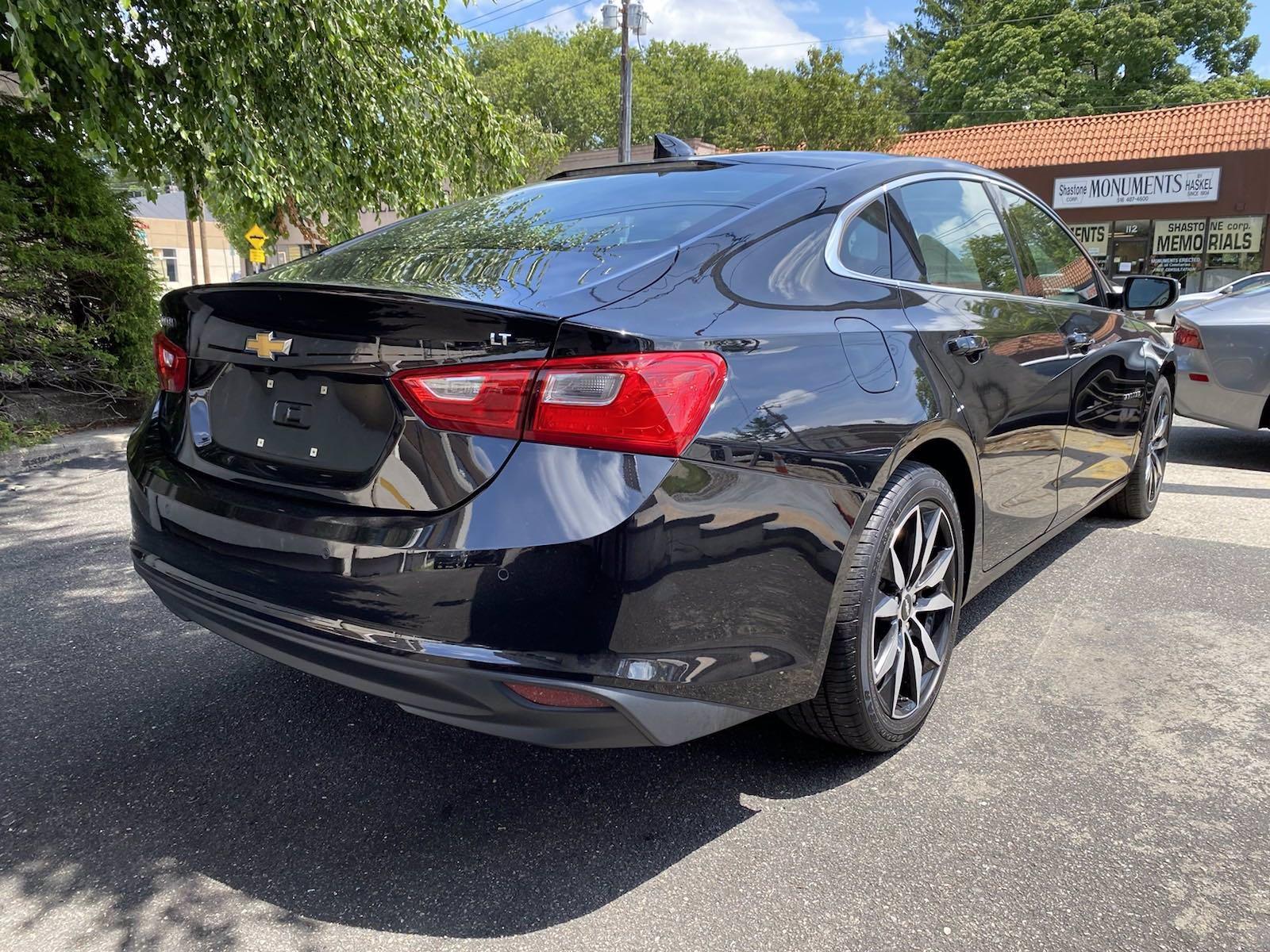 Used-2017-Chevrolet-Malibu-LT
