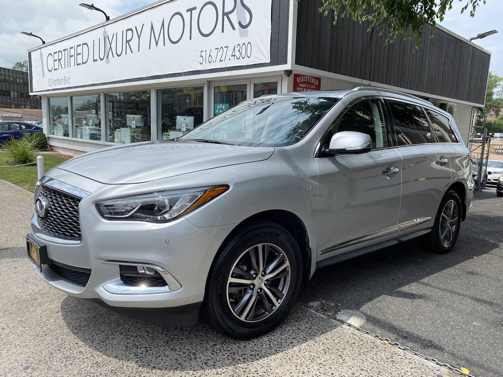 Used 2017 INFINITI QX60  | Great Neck, NY