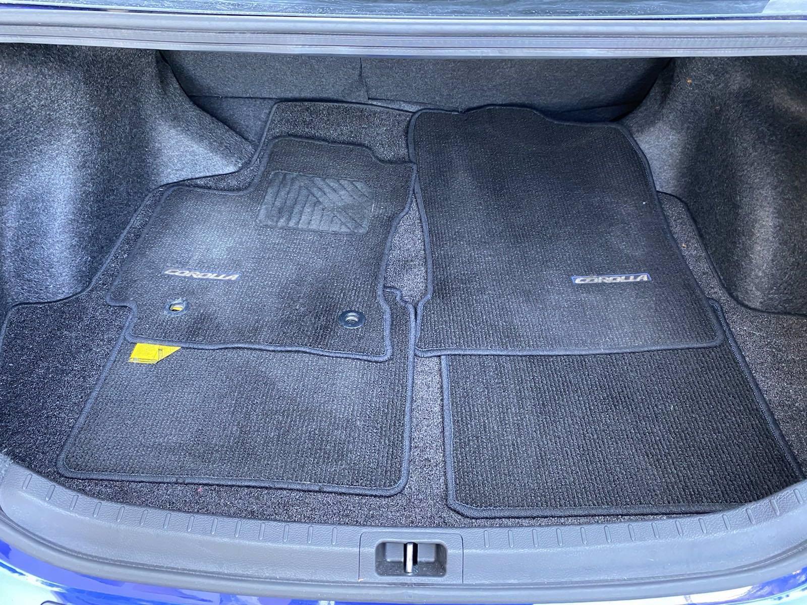 Used-2017-Toyota-Corolla-SE