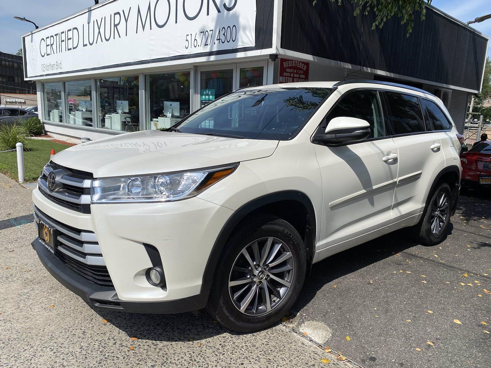 Used 2017 Toyota Highlander XLE | Great Neck, NY