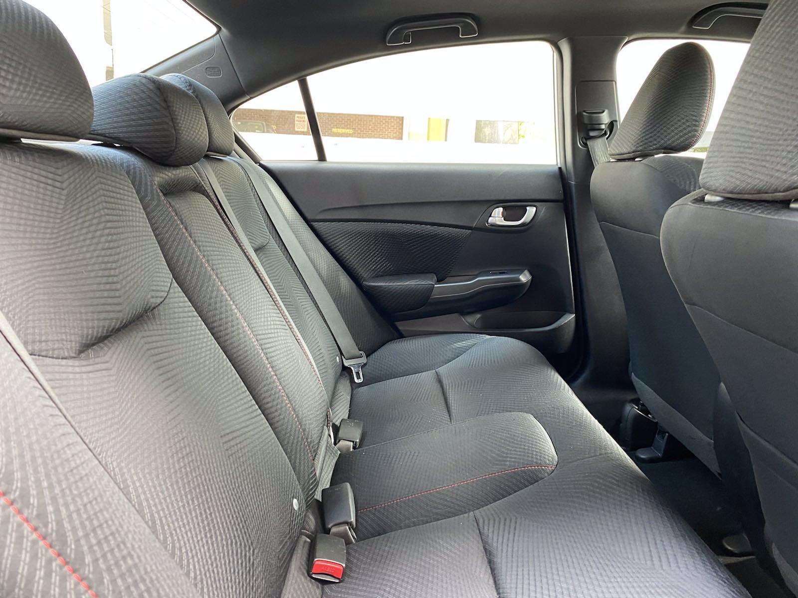 Used-2013-Honda-Civic-Sdn-Si