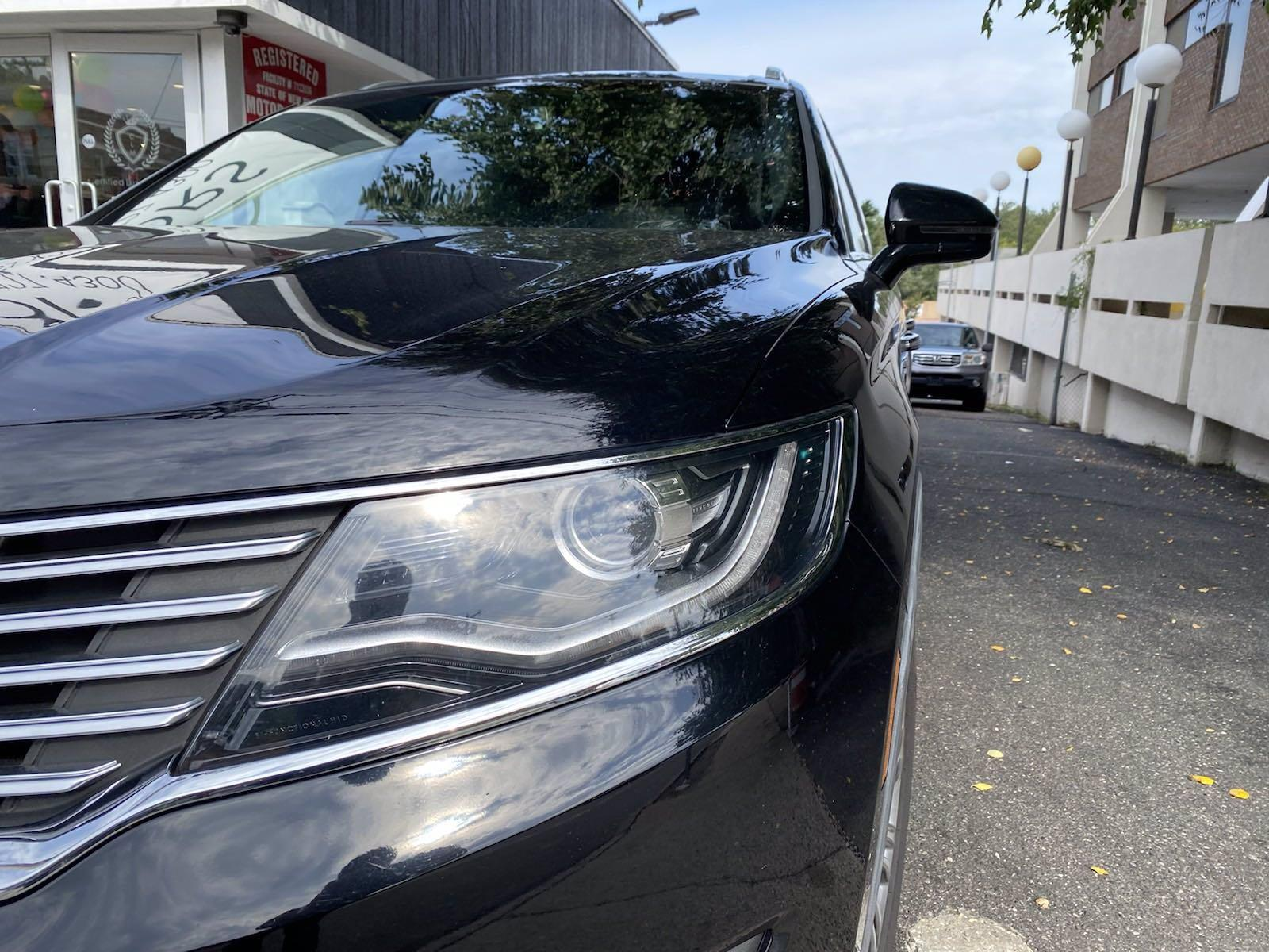 Used-2016-Lincoln-MKX-Reserve
