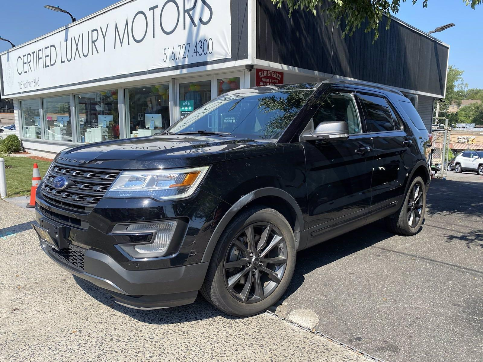 Used 2017 Ford Explorer XLT   Great Neck, NY