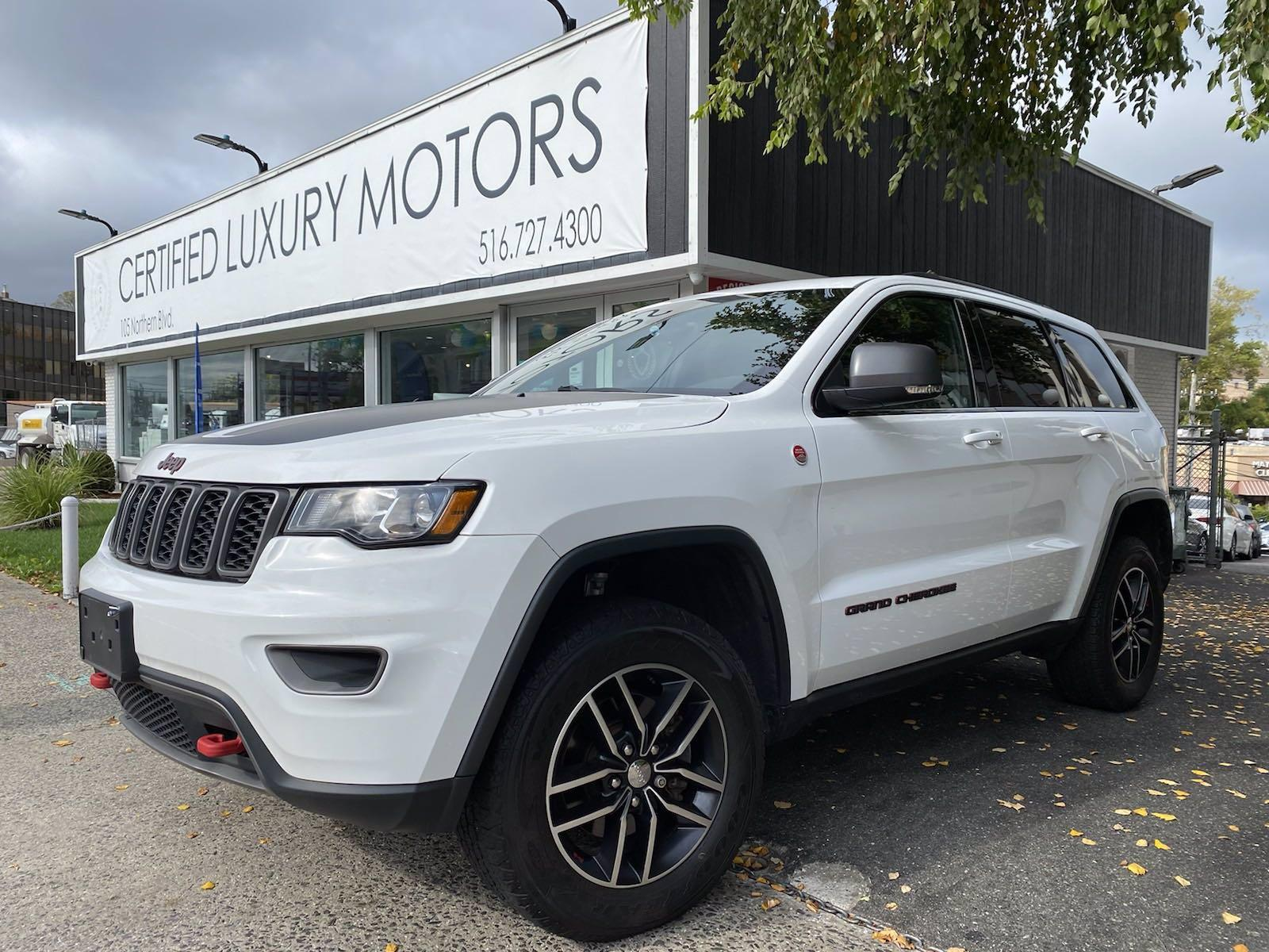 Used 2017 Jeep Grand Cherokee Trailhawk   Great Neck, NY