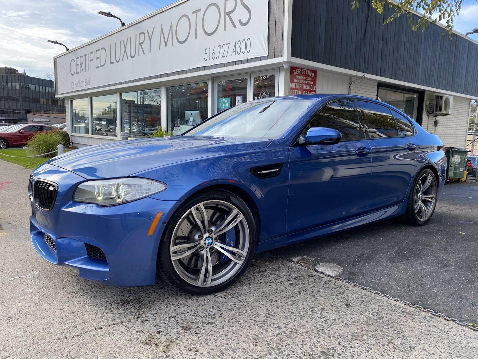 Used 2013 BMW M5  | Great Neck, NY