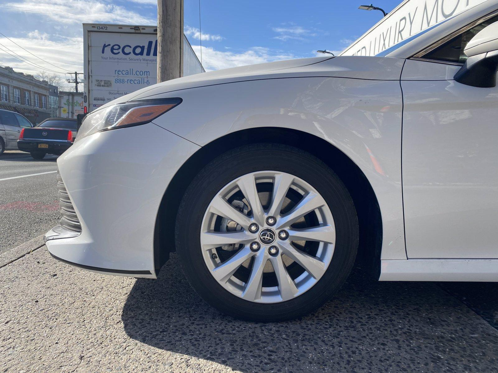 Used-2018-Toyota-Camry-LE