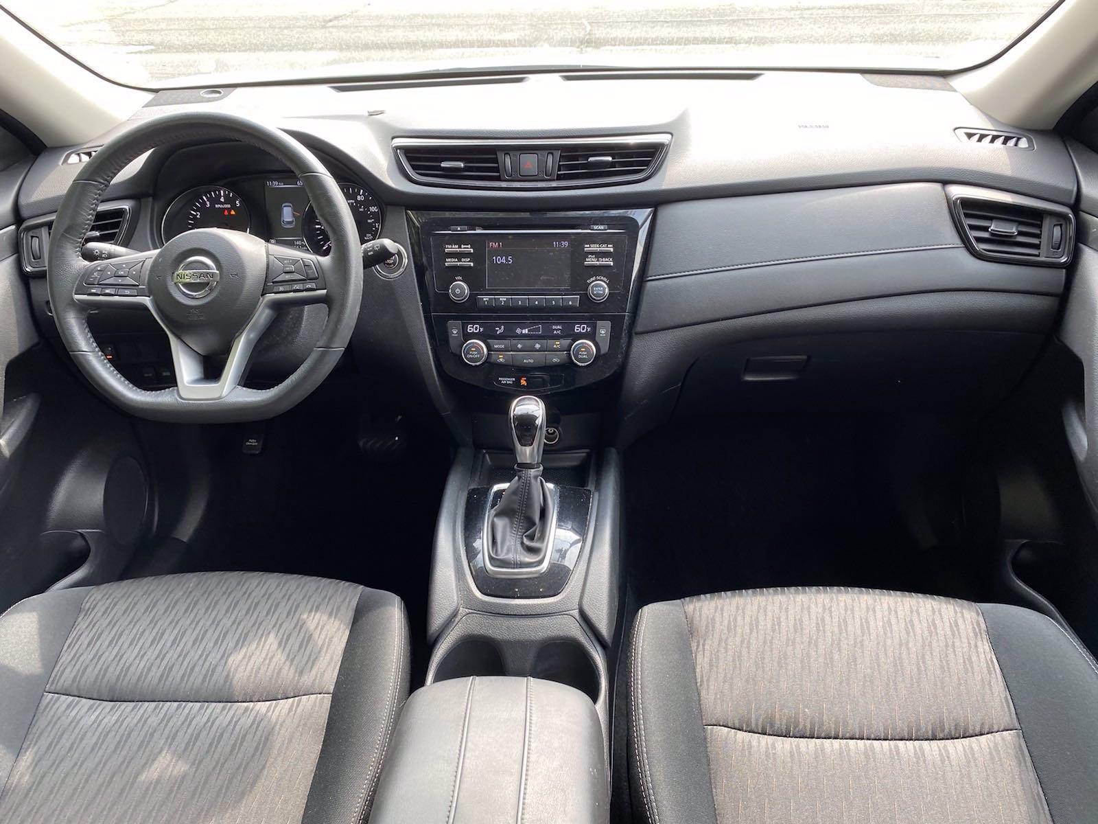 Used-2017-Nissan-Rogue-SV