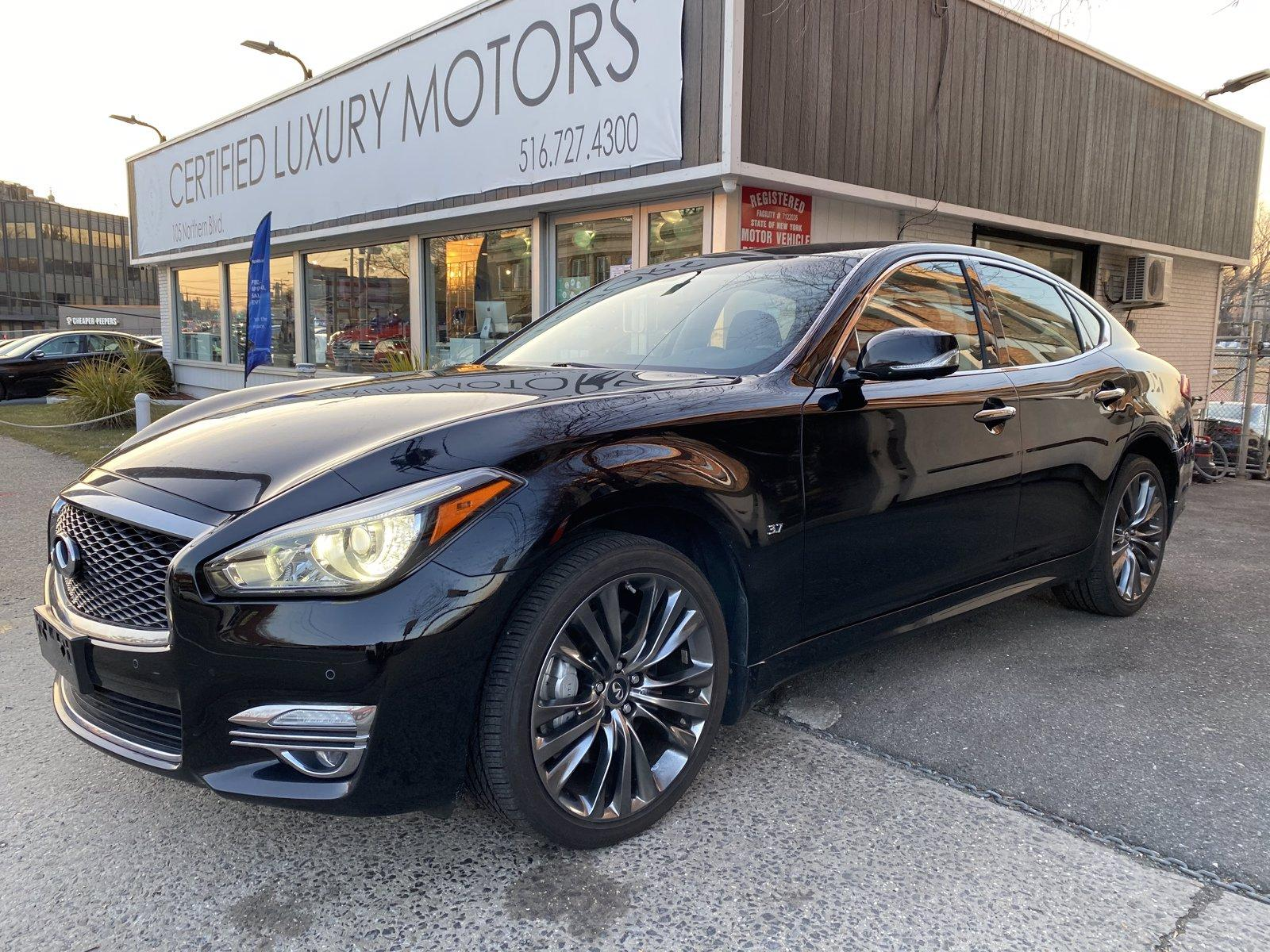 Used 2017 INFINITI Q70 3.7 | Great Neck, NY