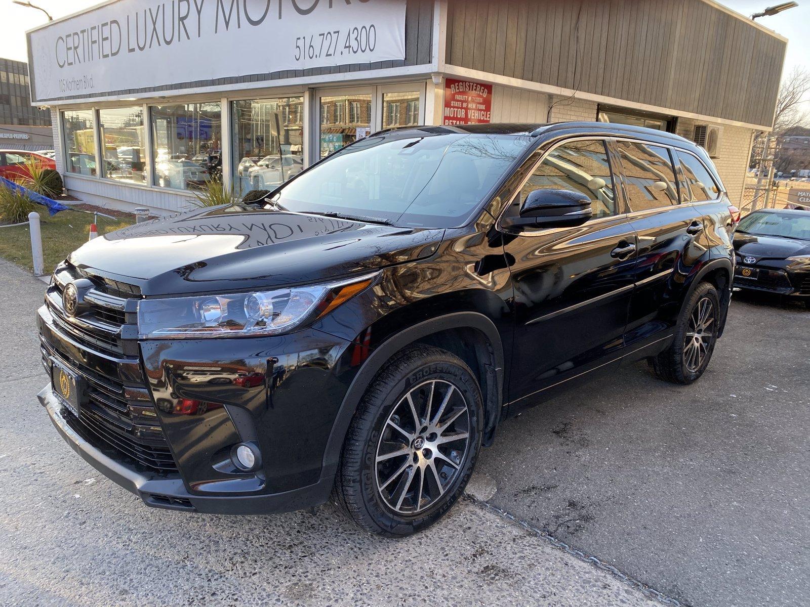 Used 2018 Toyota Highlander SE | Great Neck, NY