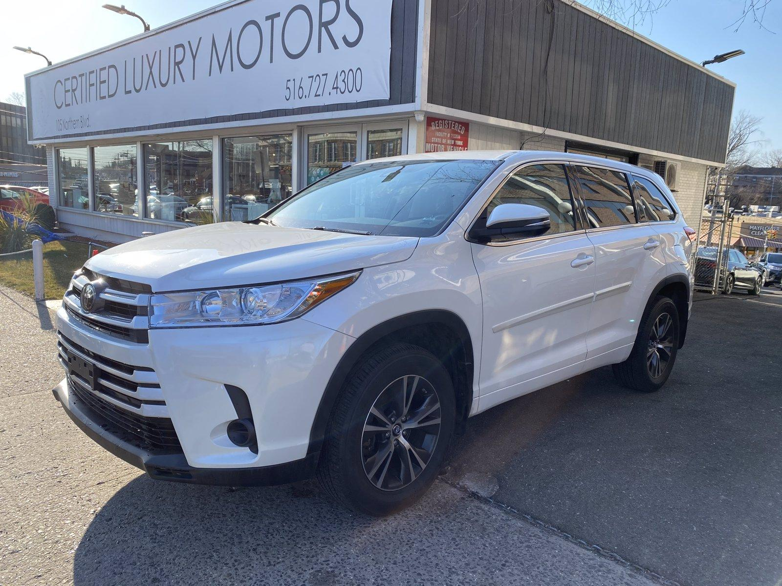 Used 2018 Toyota Highlander LE | Great Neck, NY
