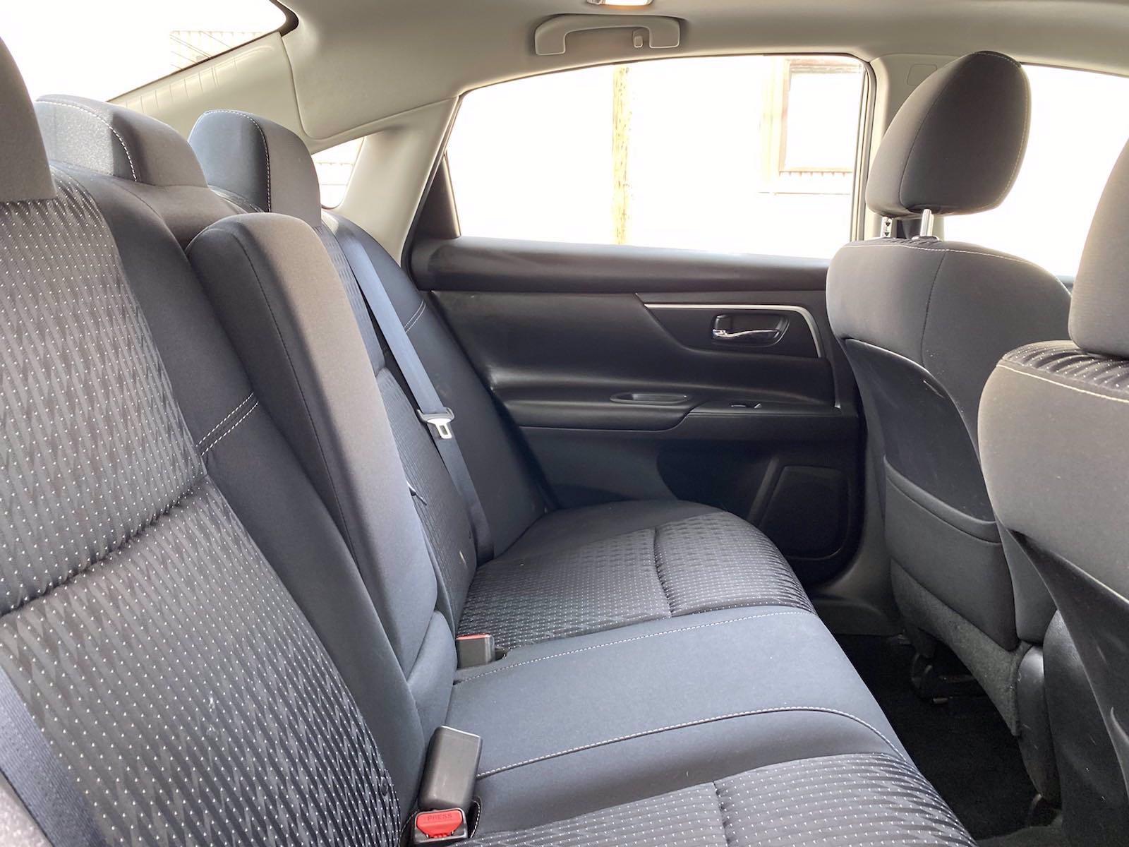 Used-2018-Nissan-Altima-25-SV