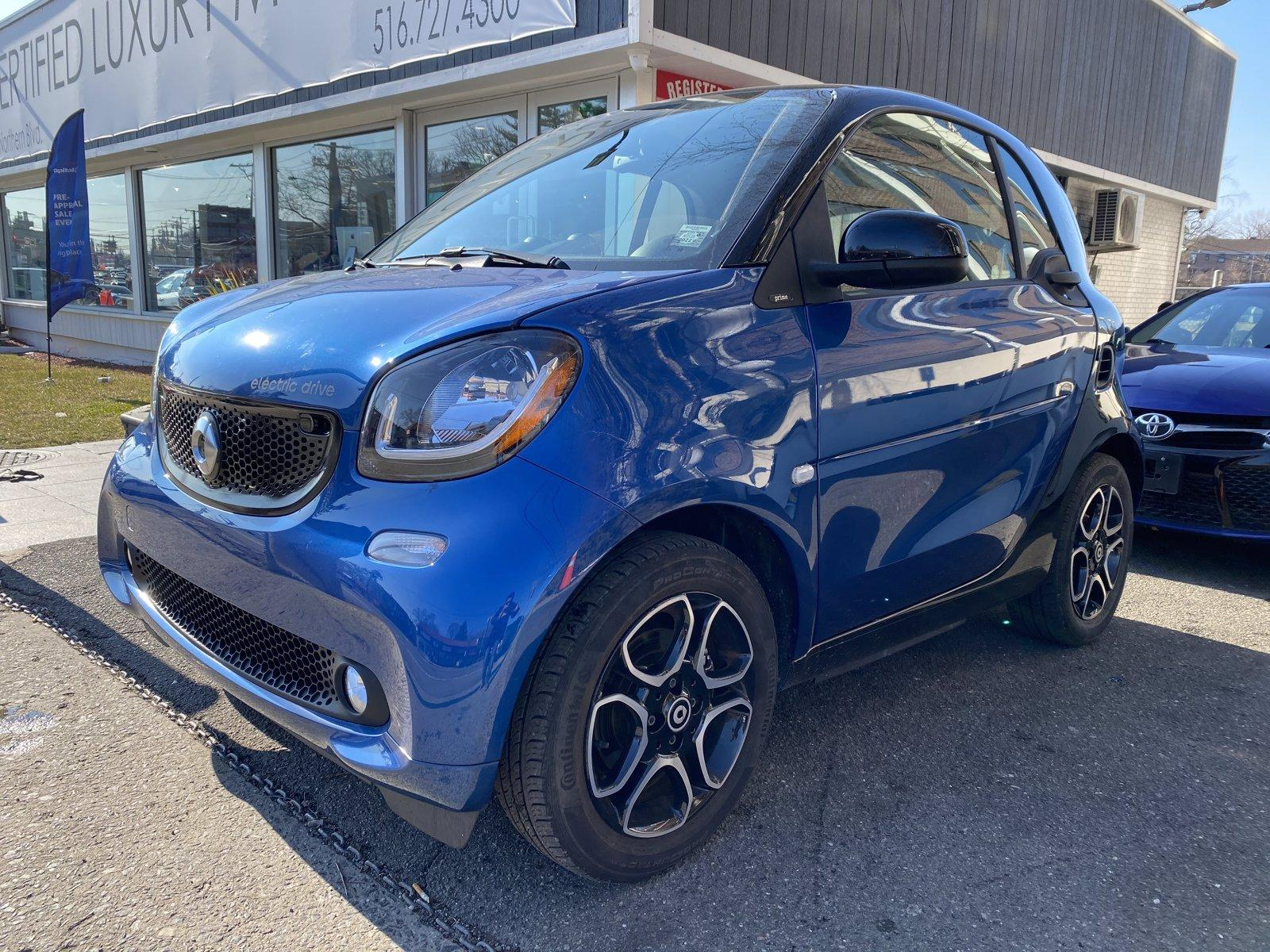 Used 2018 smart fortwo electric drive pure | Great Neck, NY