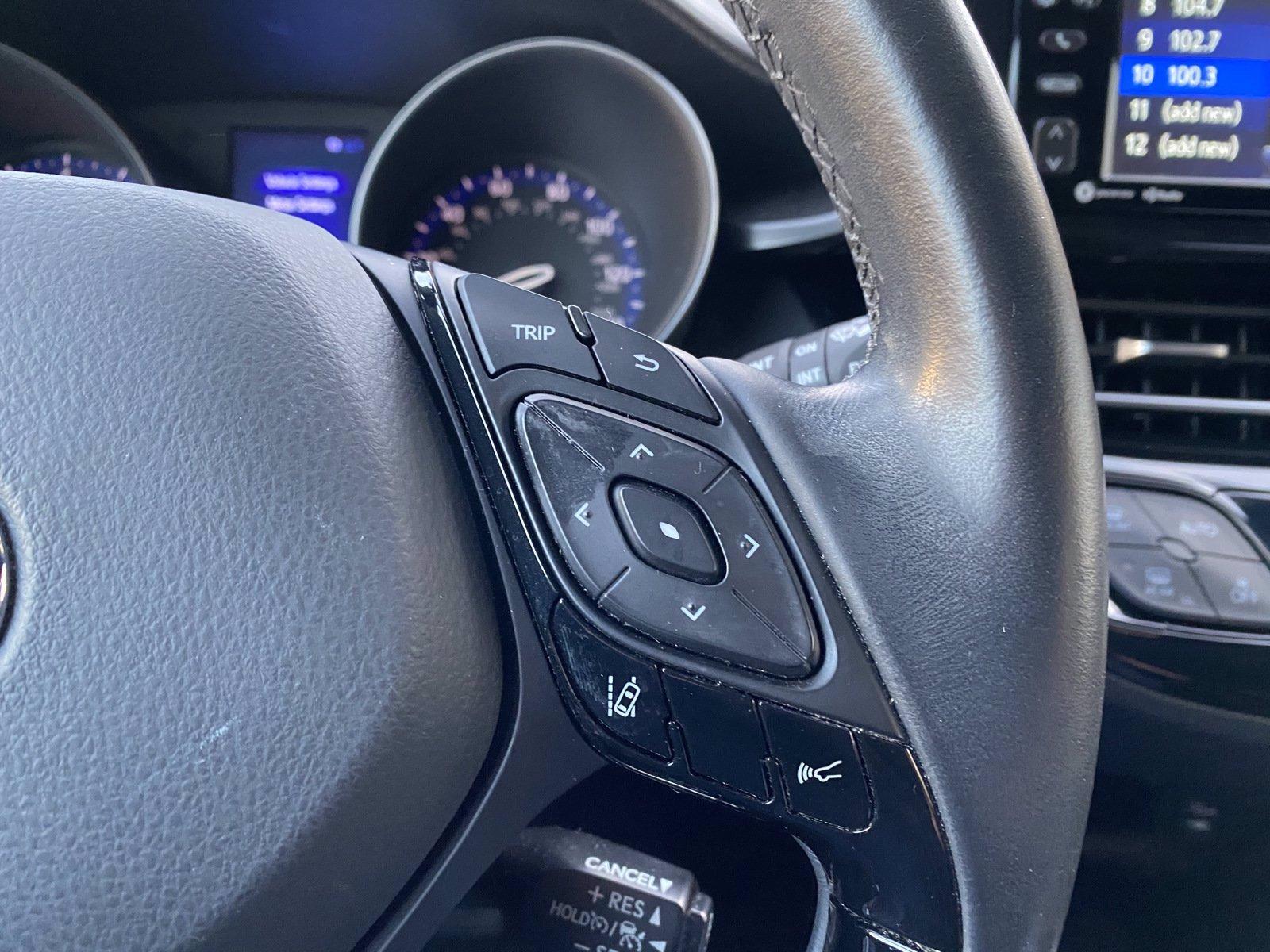Used-2018-Toyota-C-HR-XLE-Premium