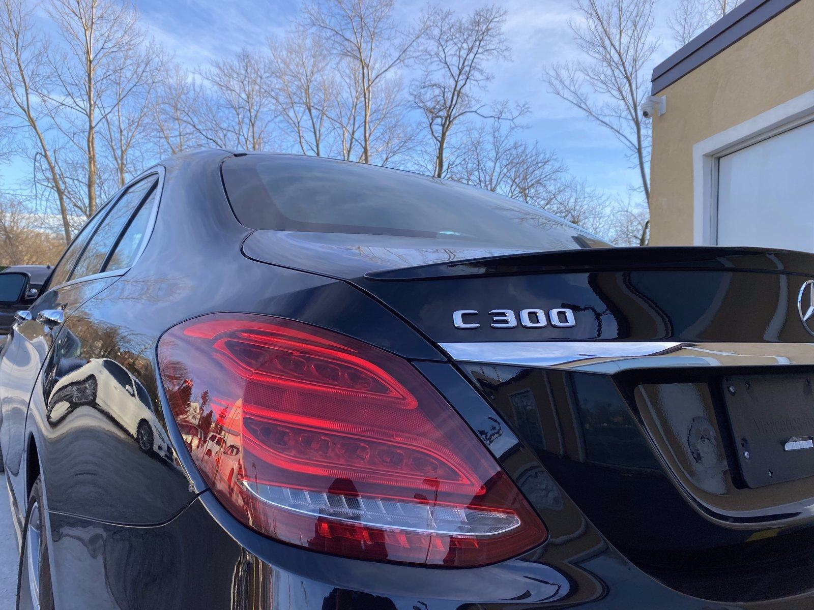 Used-2018-Mercedes-Benz-C-300