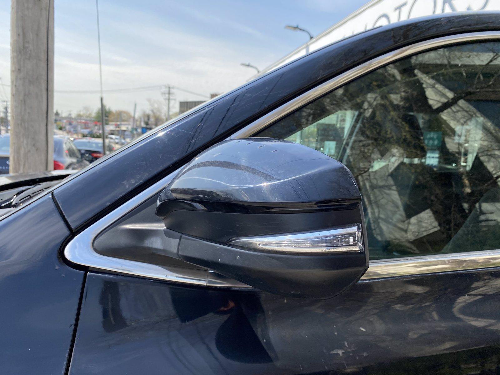 Used-2017-Toyota-Highlander-LE