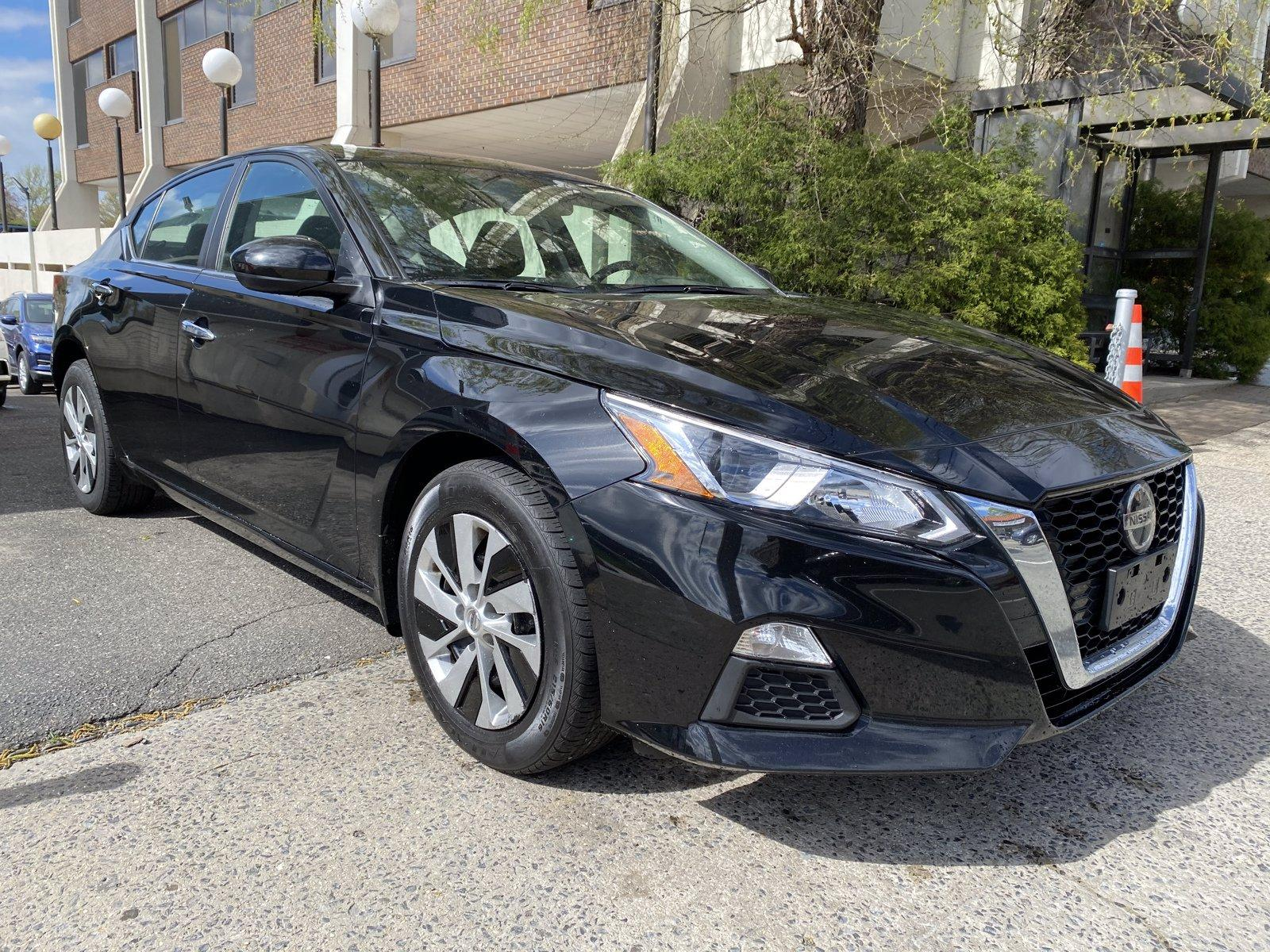 Used-2019-Nissan-Altima-25-S
