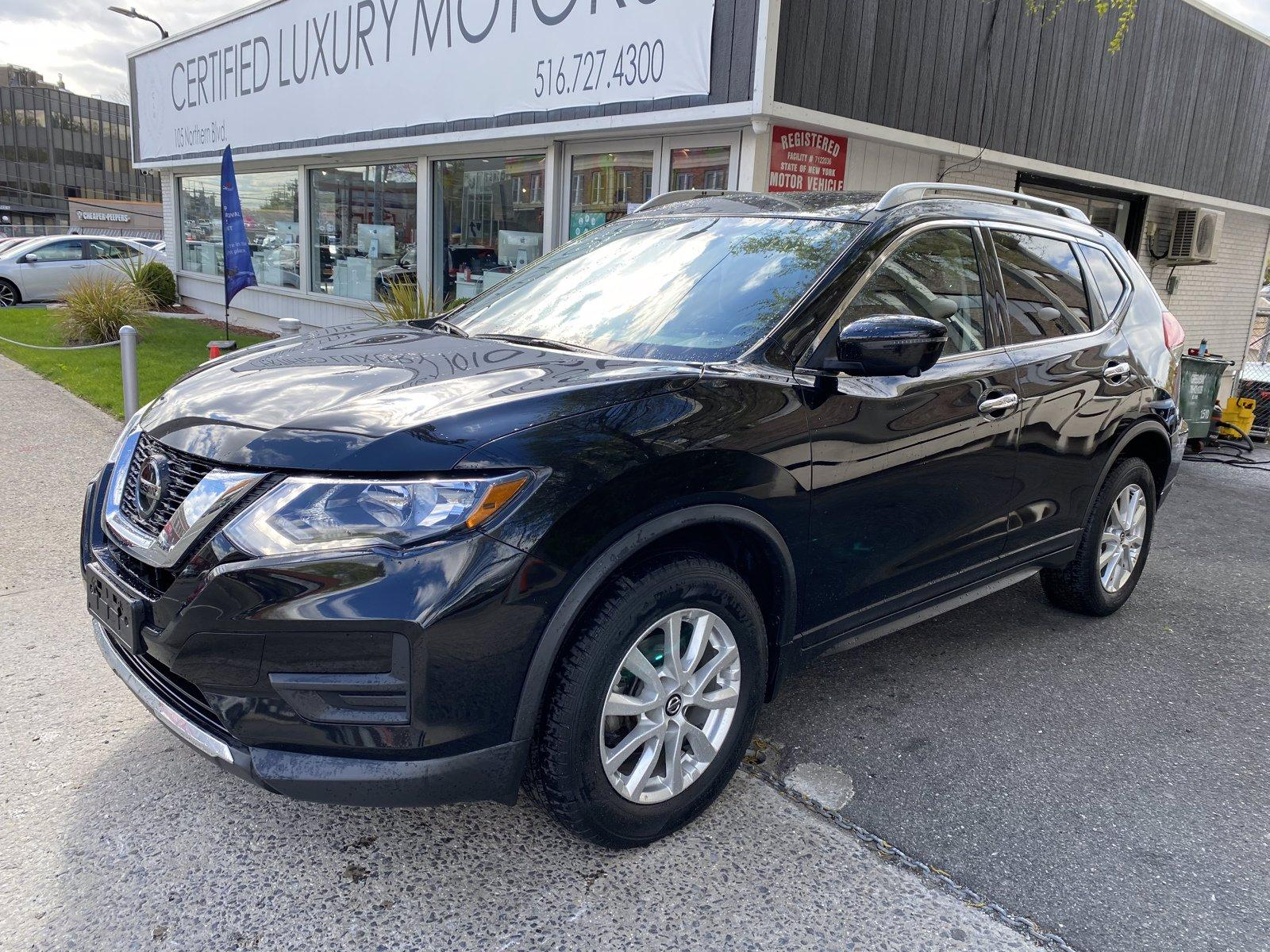 Used-2018-Nissan-Rogue-SV