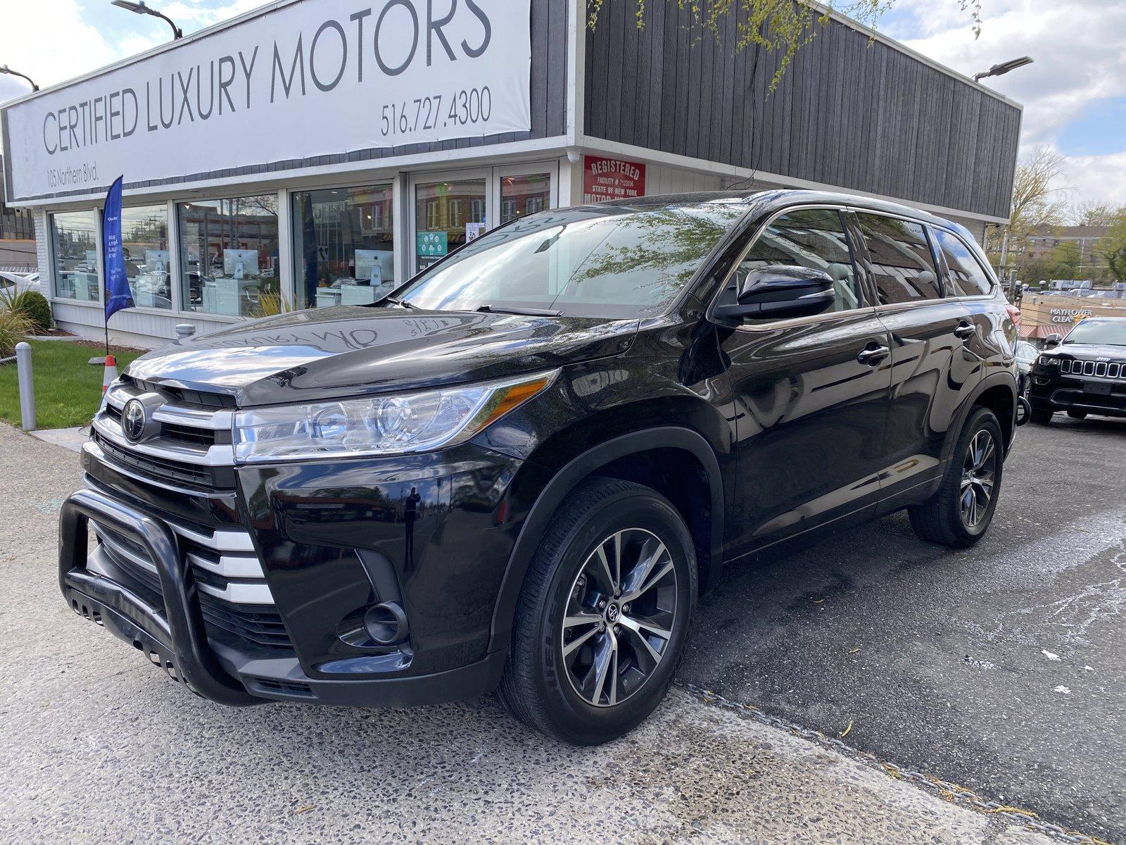 Used 2018 Toyota Highlander LE | Great Neck, NY