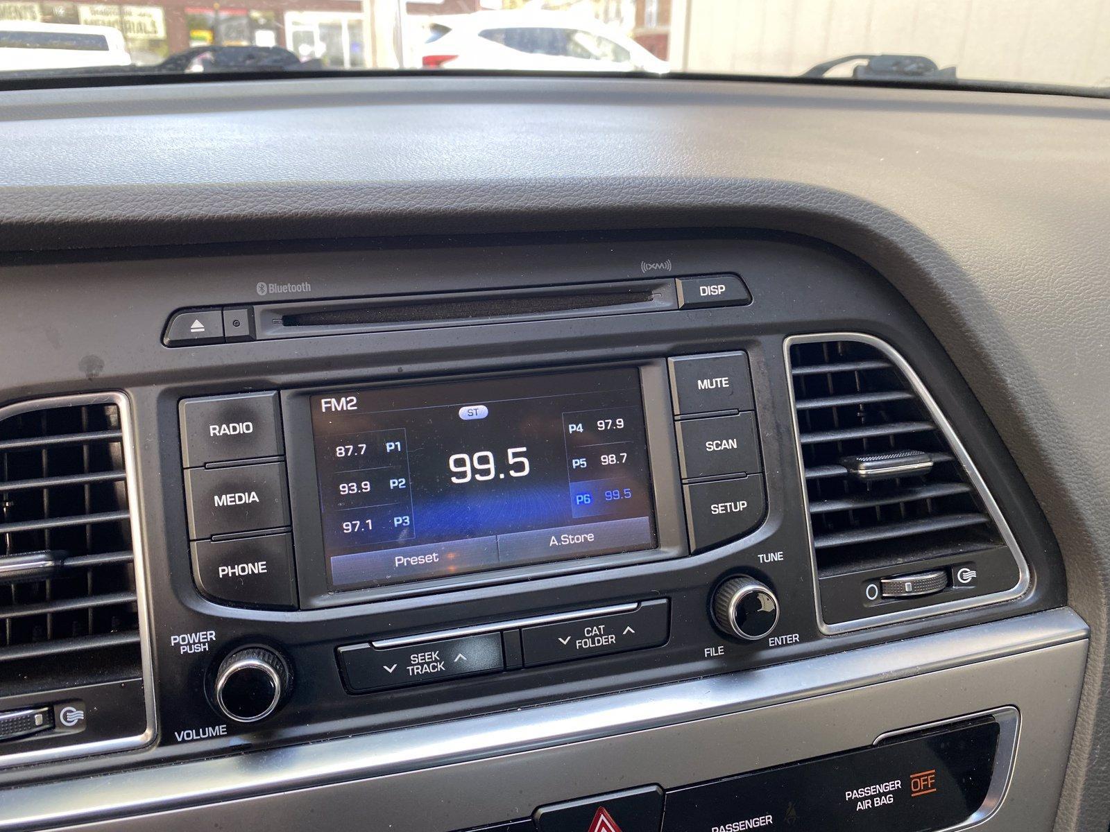 Used-2015-Hyundai-Sonata-24L-SE