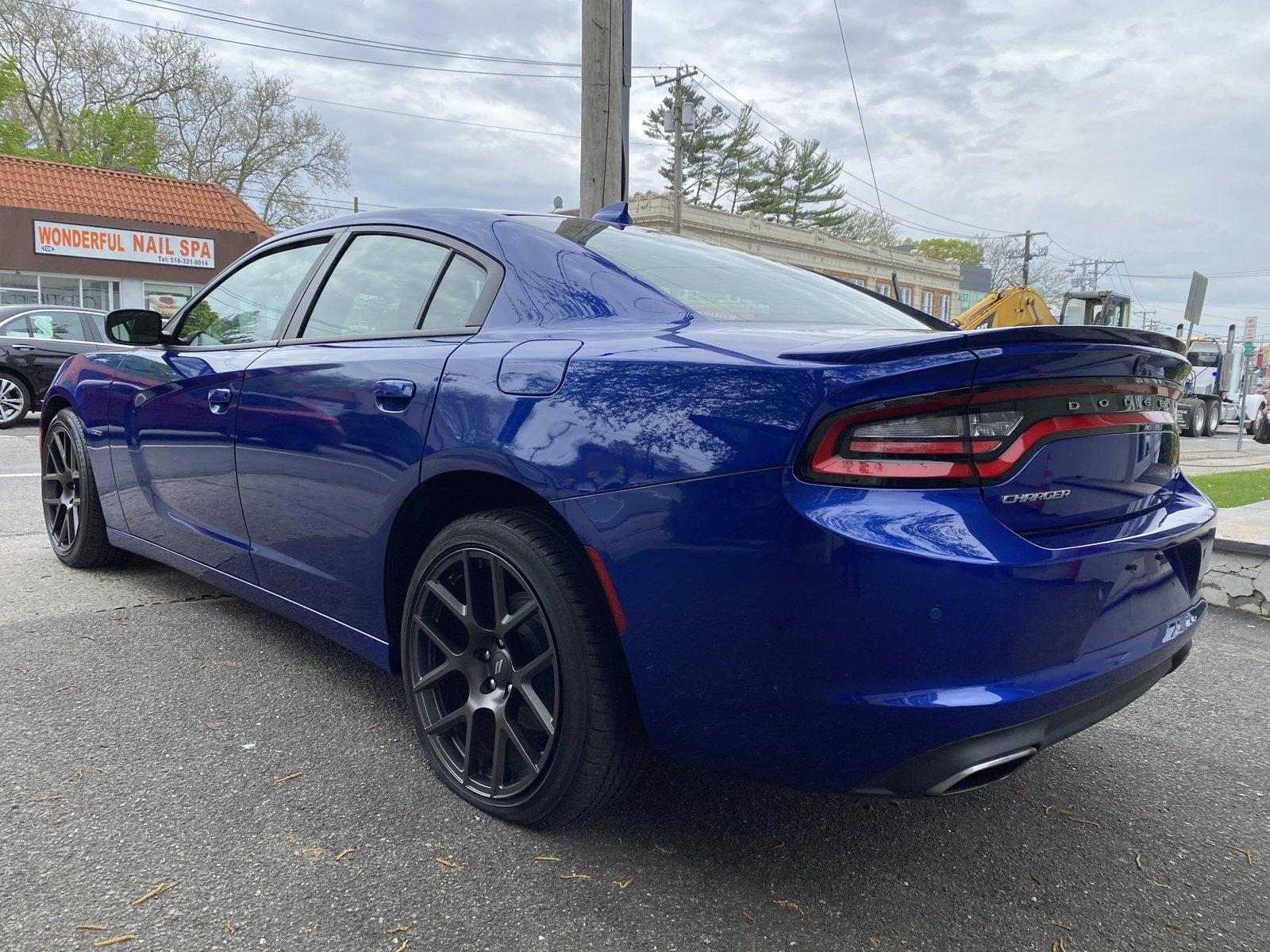 Used-2018-Dodge-Charger-R/T
