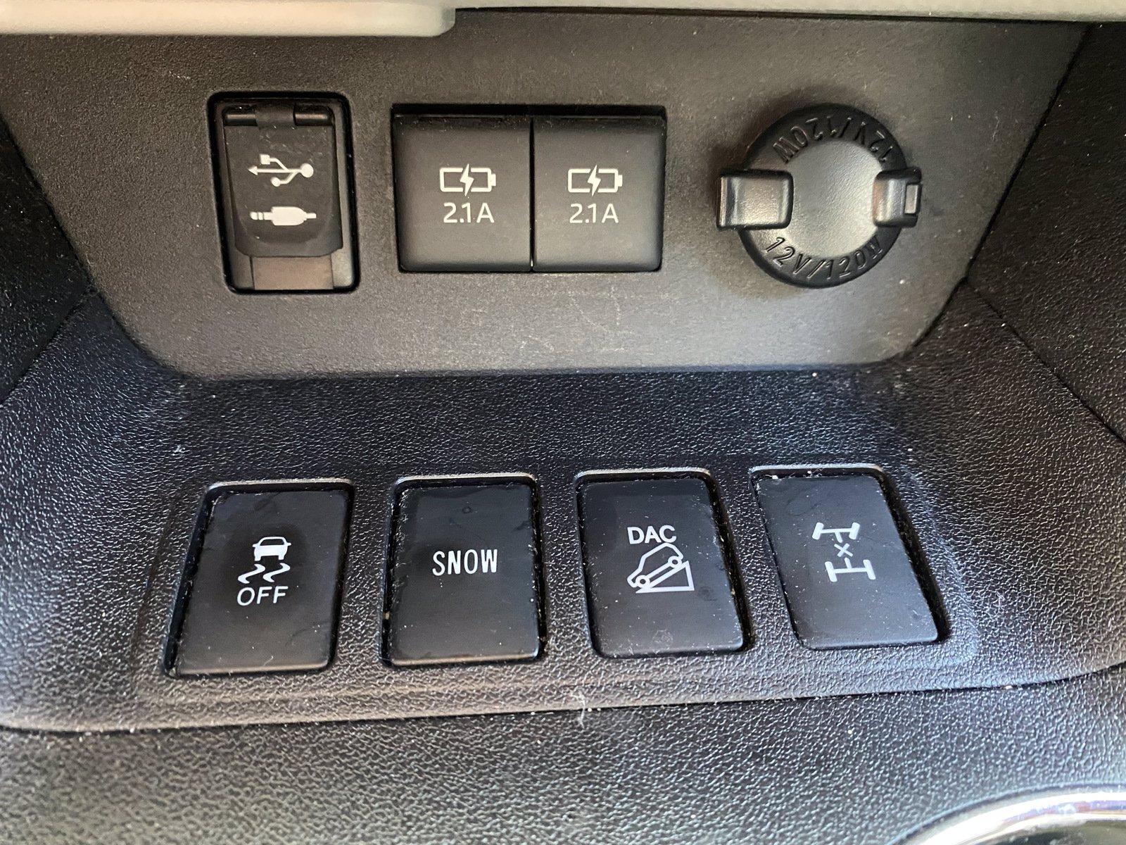 Used-2018-Toyota-Highlander-XLE