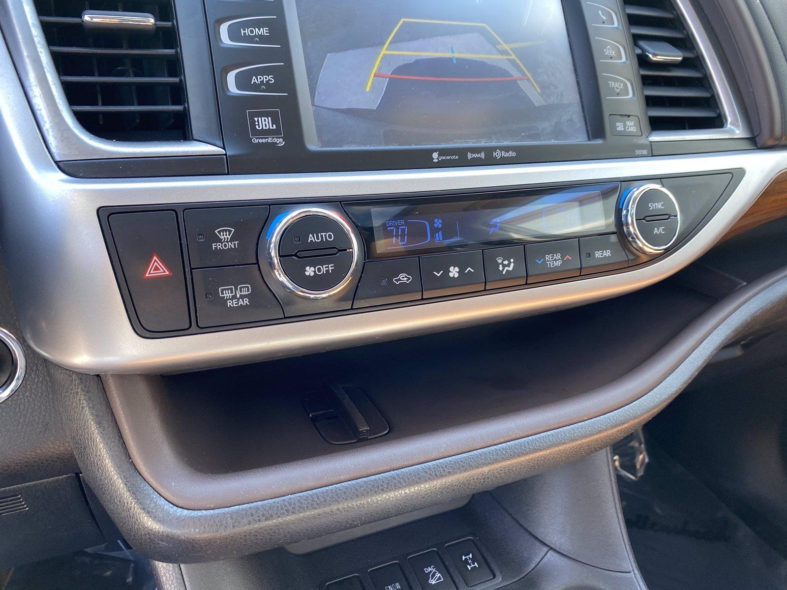 Used-2017-Toyota-Highlander-Limited