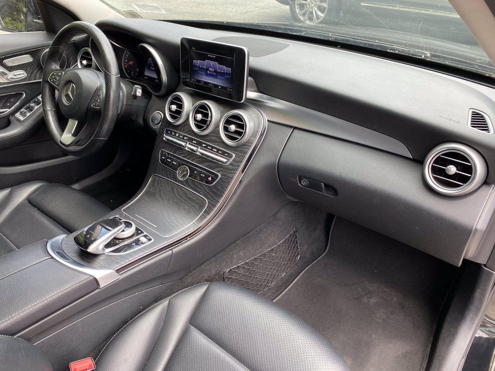 Used-2016-Mercedes-Benz-C-300