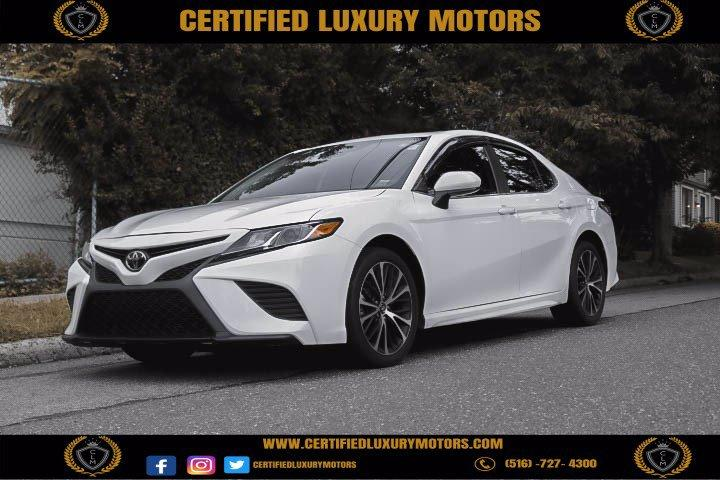 Used 2019 Toyota Camry SE | Great Neck, NY