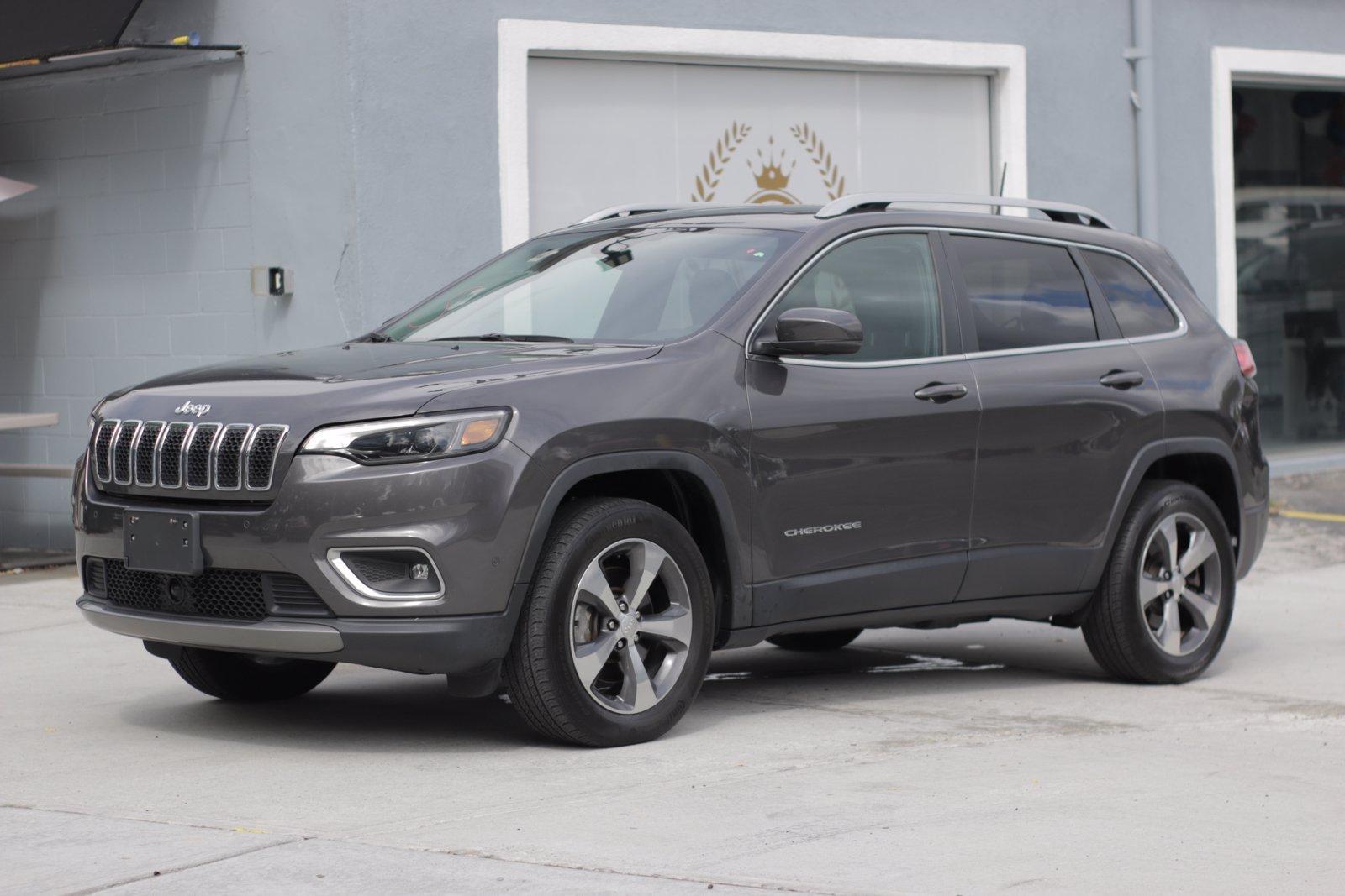 Used 2019 Jeep Cherokee Limited | Great Neck, NY