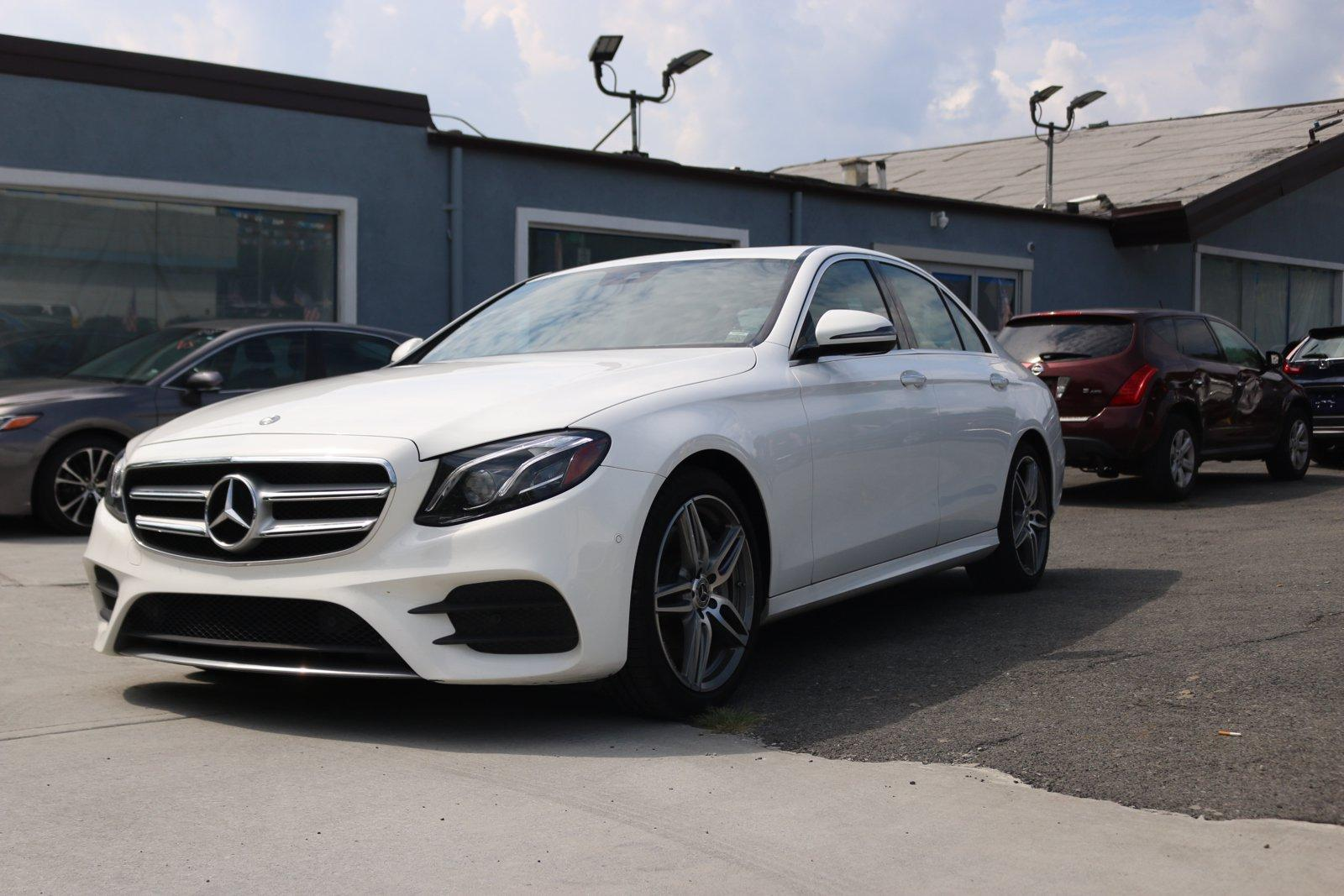 Used 2018 Mercedes-Benz E 300  | Great Neck, NY