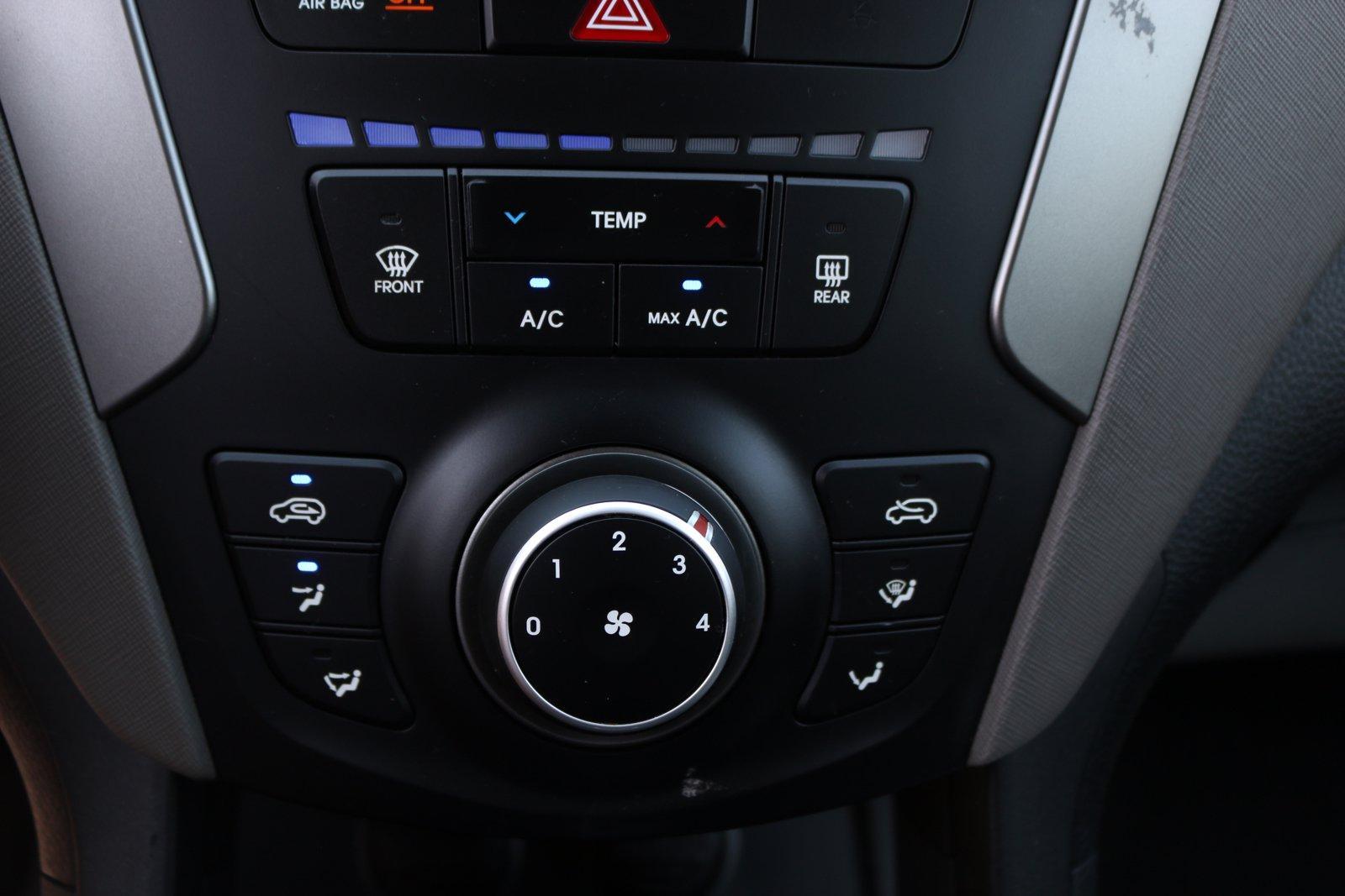 Used-2017-Hyundai-Santa-Fe-Sport-24L