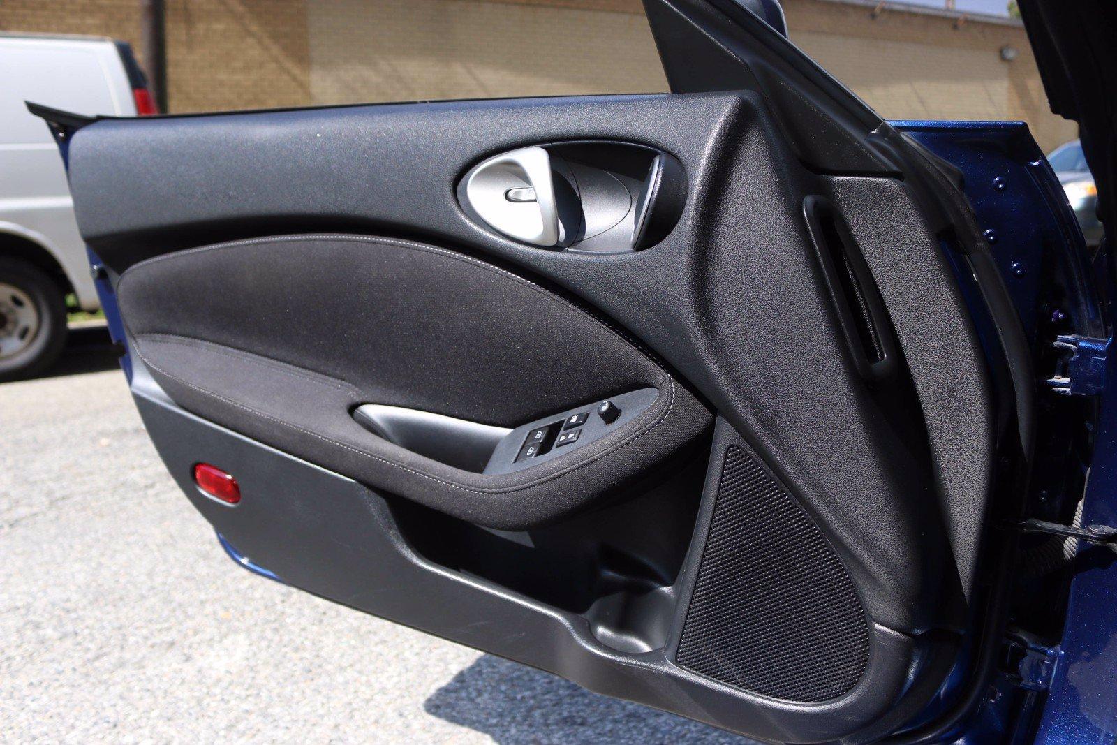 Used-2016-Nissan-370Z