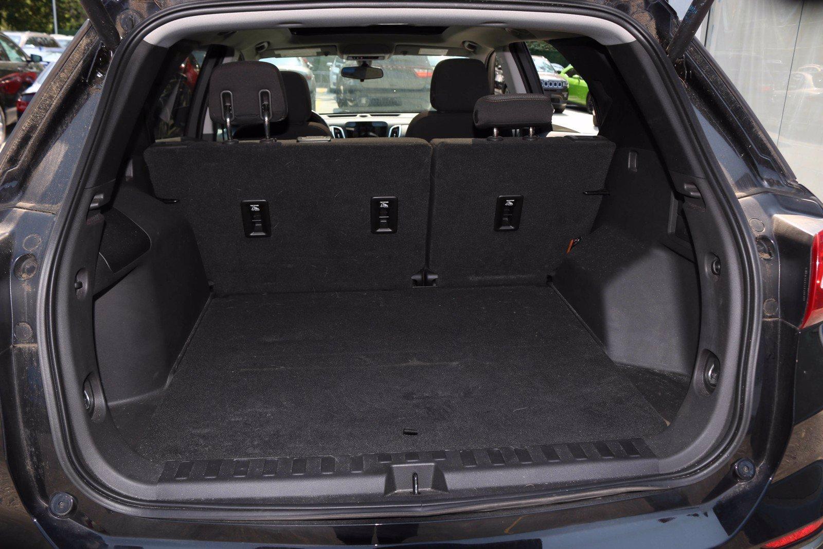 Used-2018-Chevrolet-Equinox-LT