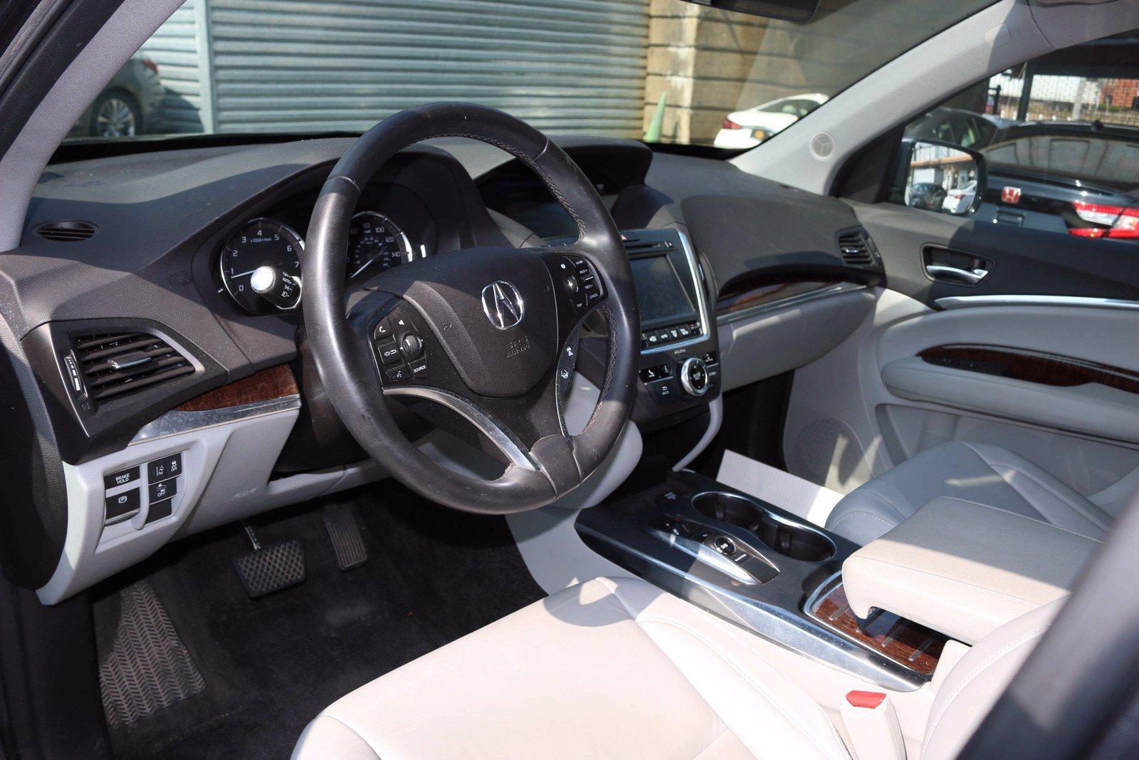 Used-2018-Acura-MDX