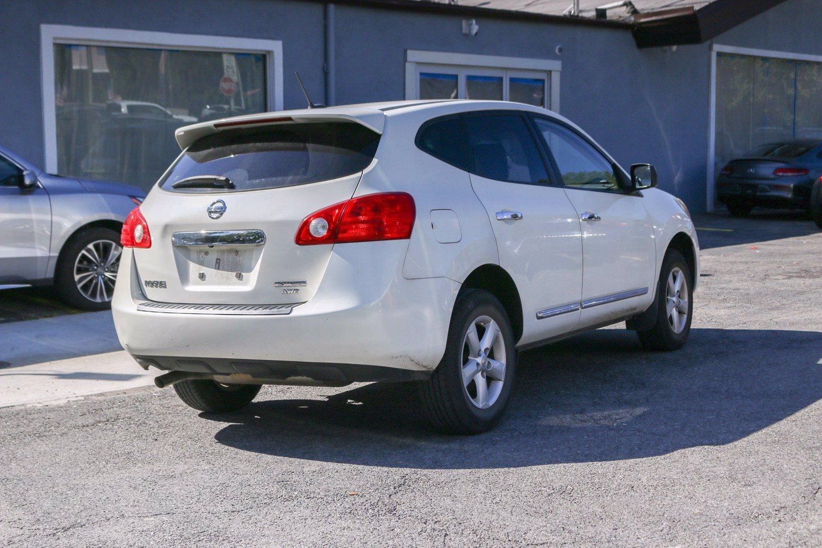 Used-2012-Nissan-Rogue-SV