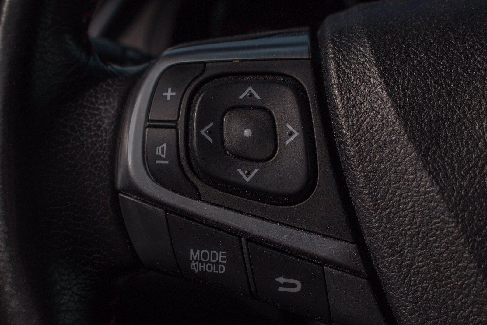 Used-2015-Toyota-Camry-SE
