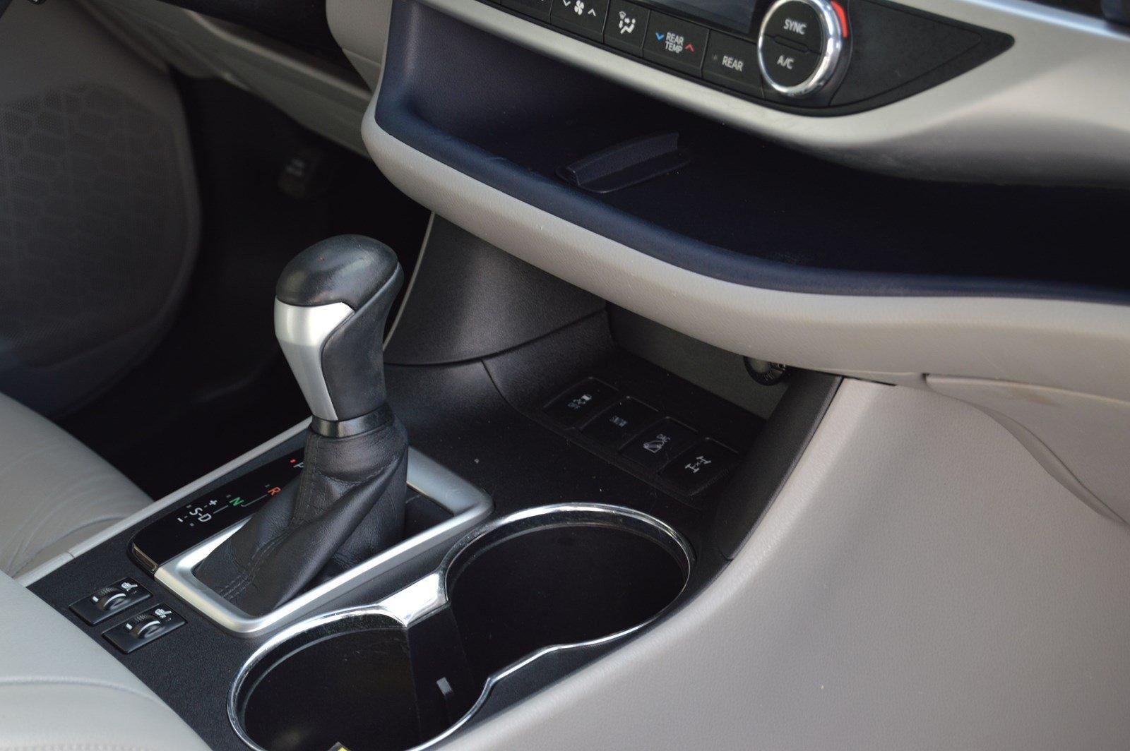 Used-2015-Toyota-Highlander-XLE