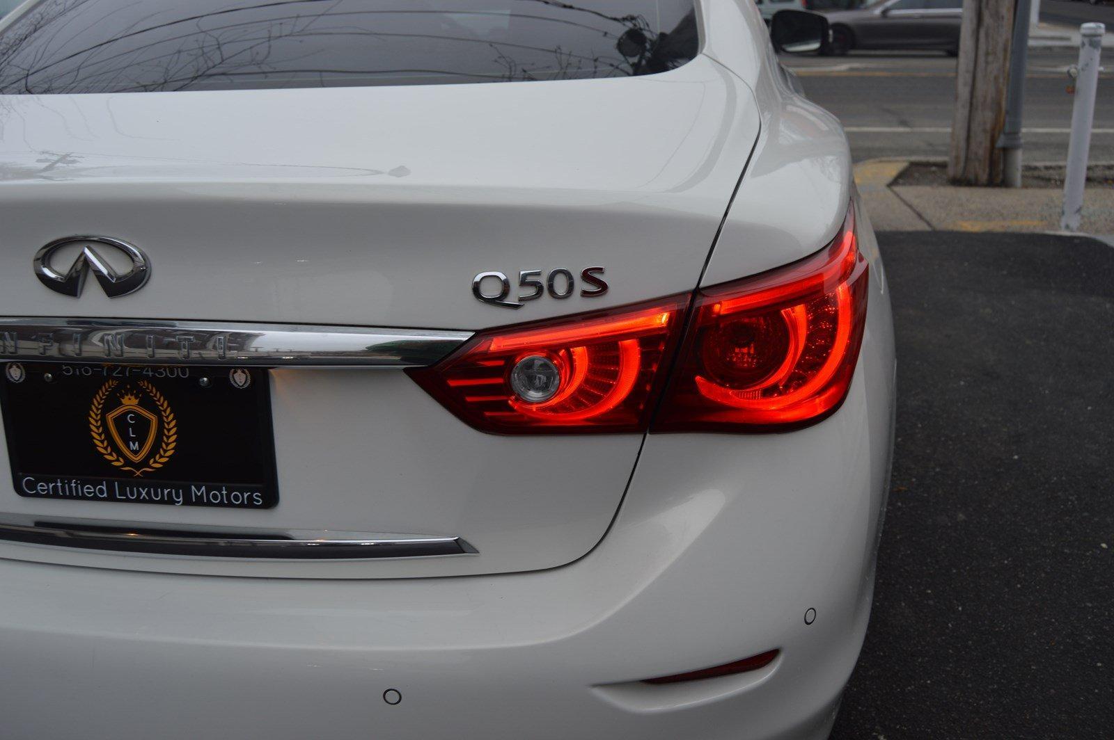 Used-2015-INFINITI-Q50-Sport