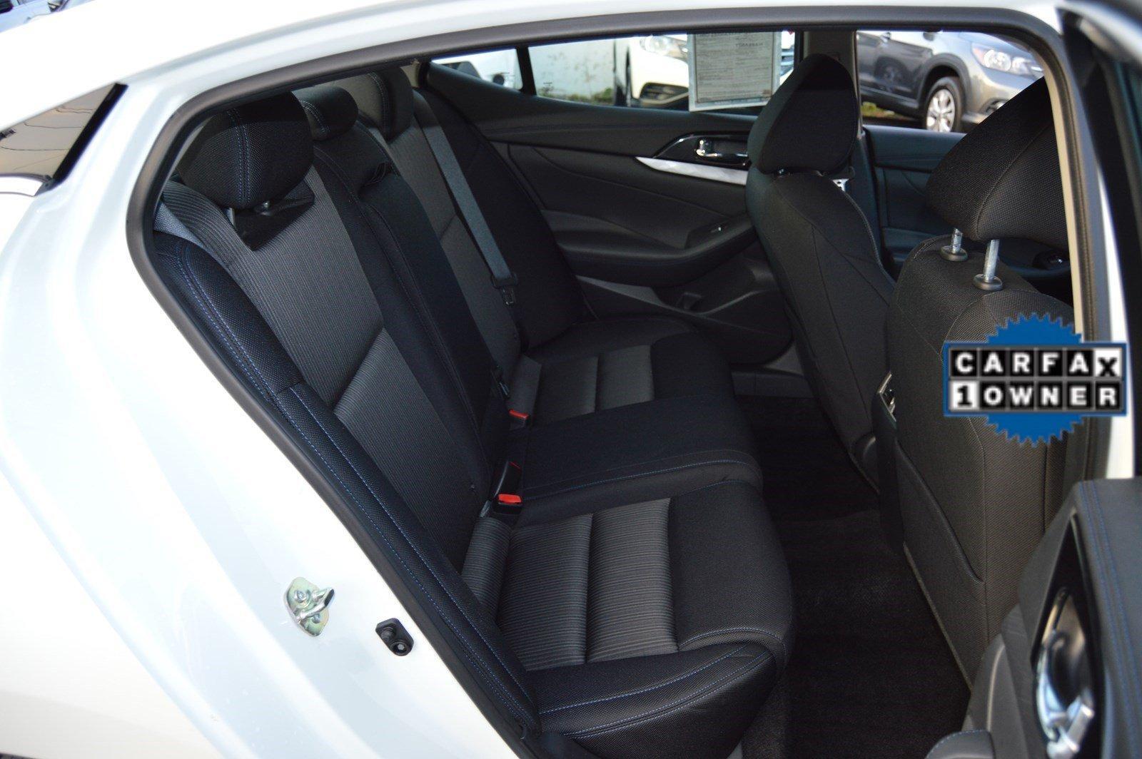 Used-2017-Nissan-Maxima-S