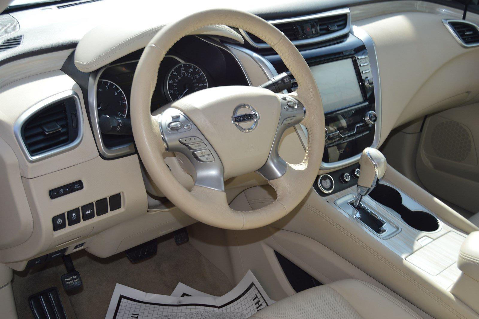 Used-2015-Nissan-Murano-Platinum