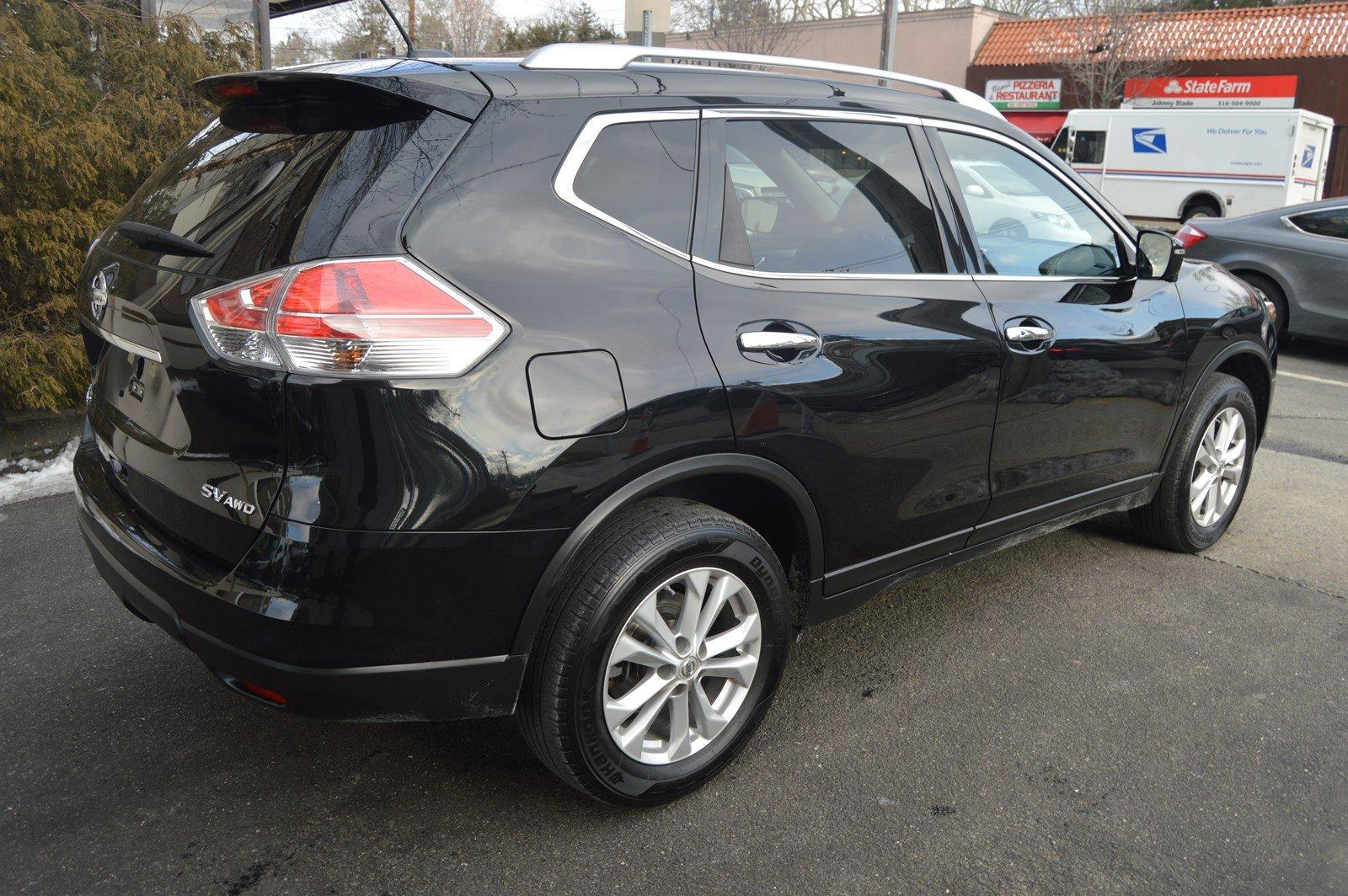 Used-2016-Nissan-Rogue-SV